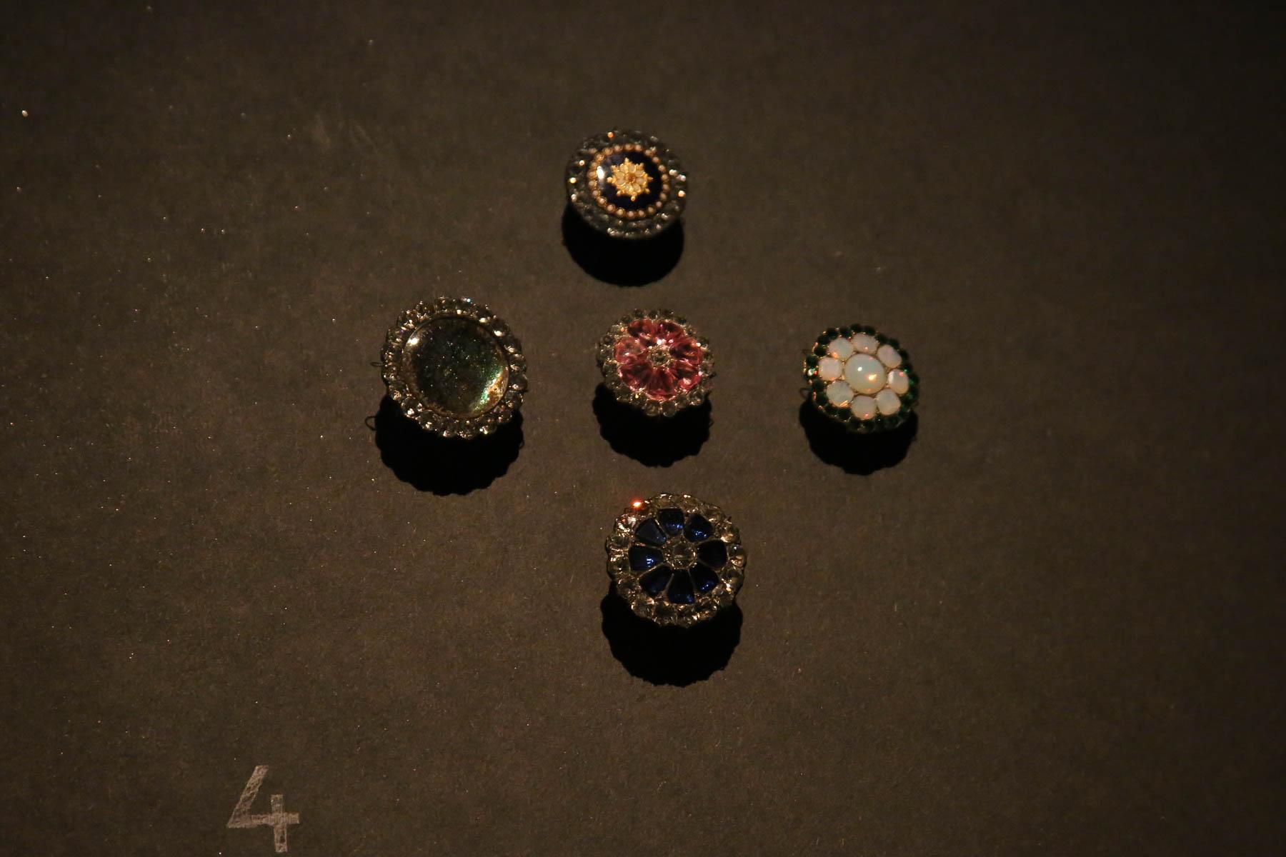 Button Exhibition-39.jpg
