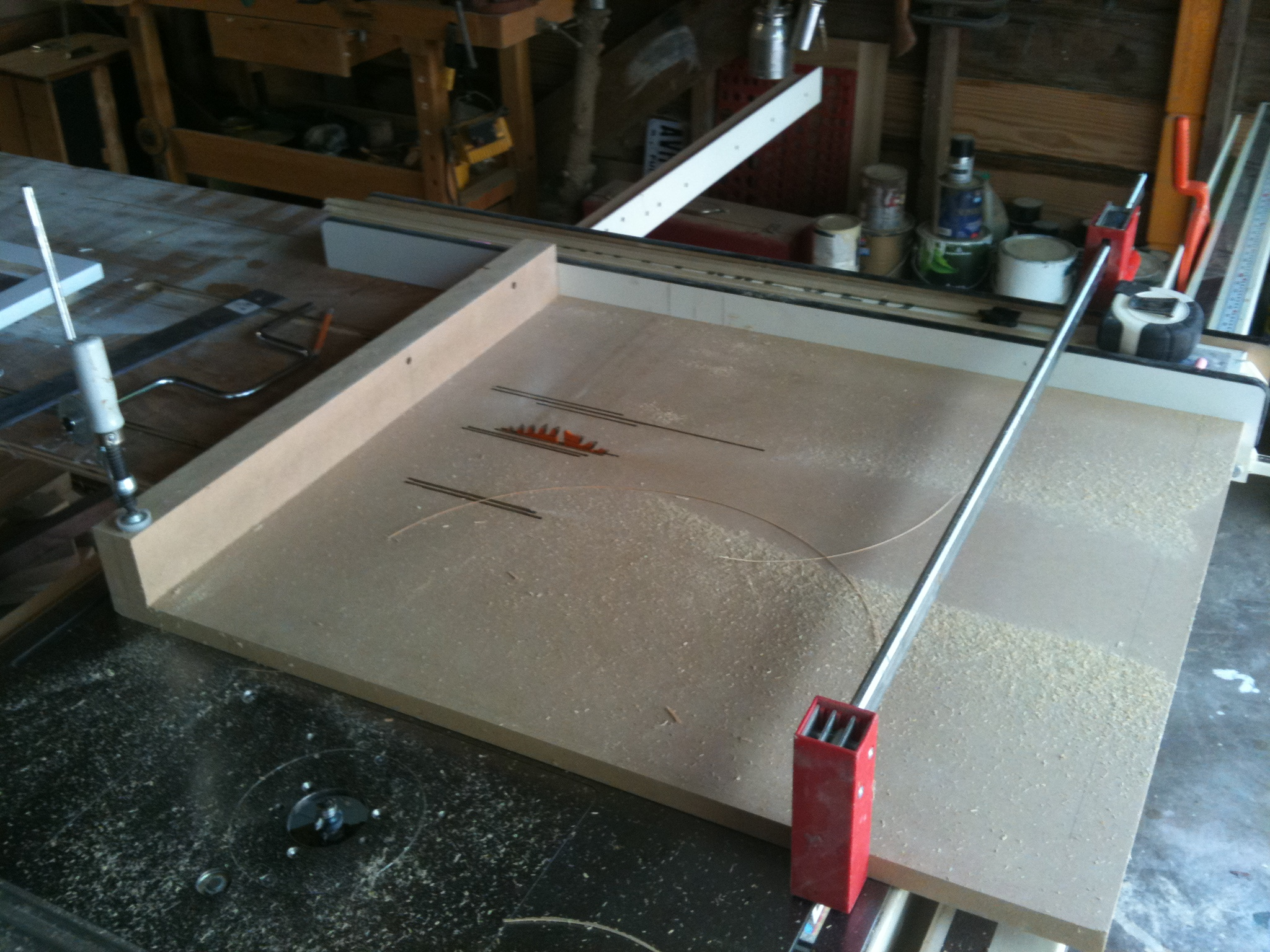 Jig used for cutting bearing edges
