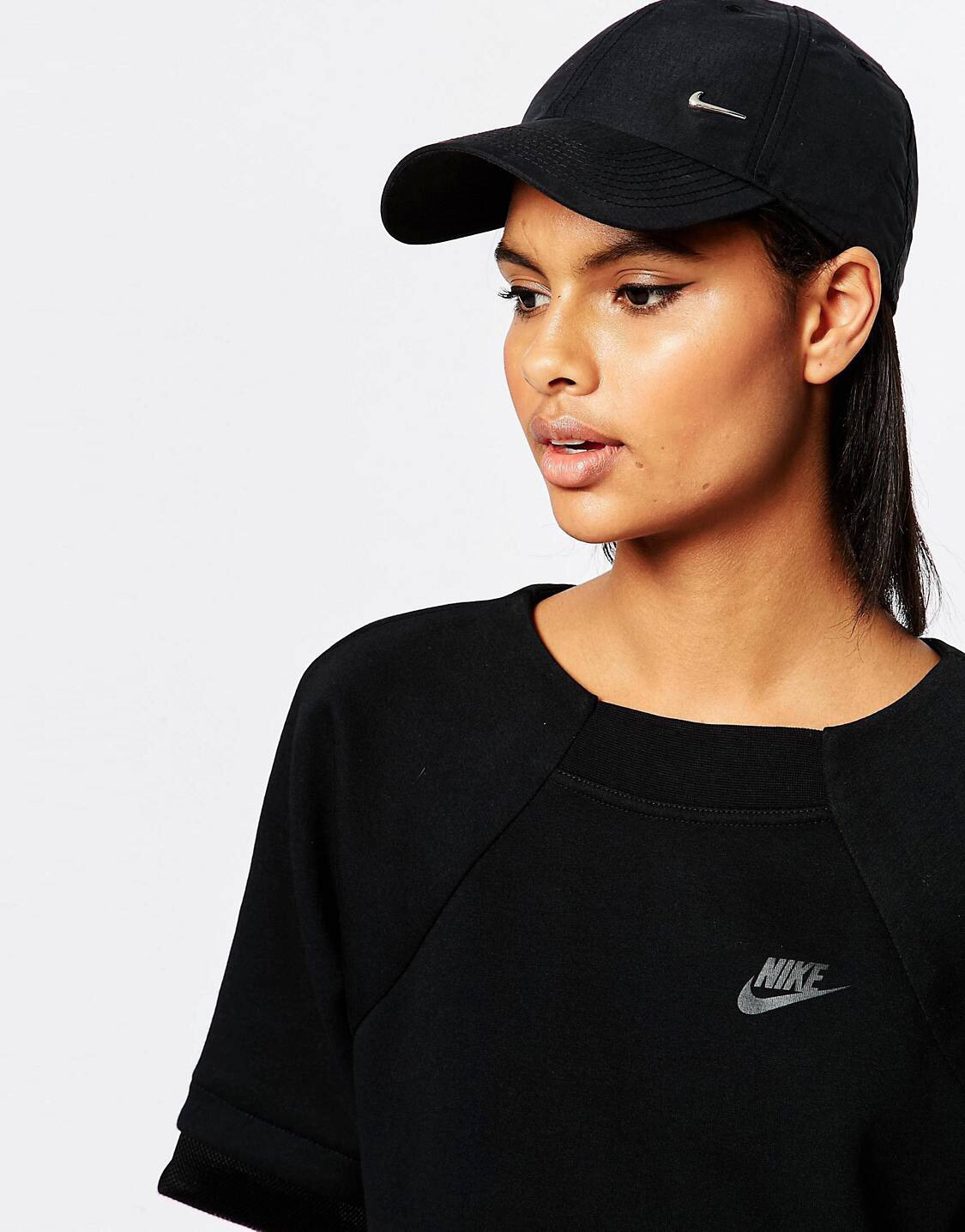 Nike Swoosh Hat - My love for this hat is eternal tbh. I'm always returning baseball caps cos the fits never just right