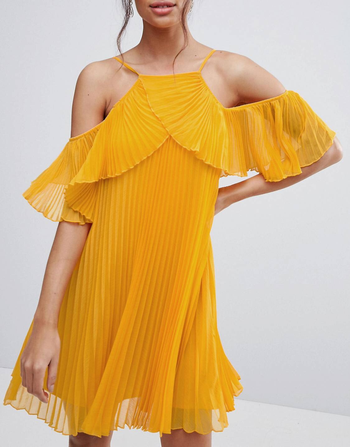£24 ASOS pleated Mini Dress - Dang these modest tops are popping. Y'all know I don't shy away from the layering. Mustard and Navy are my colour combos of the season.
