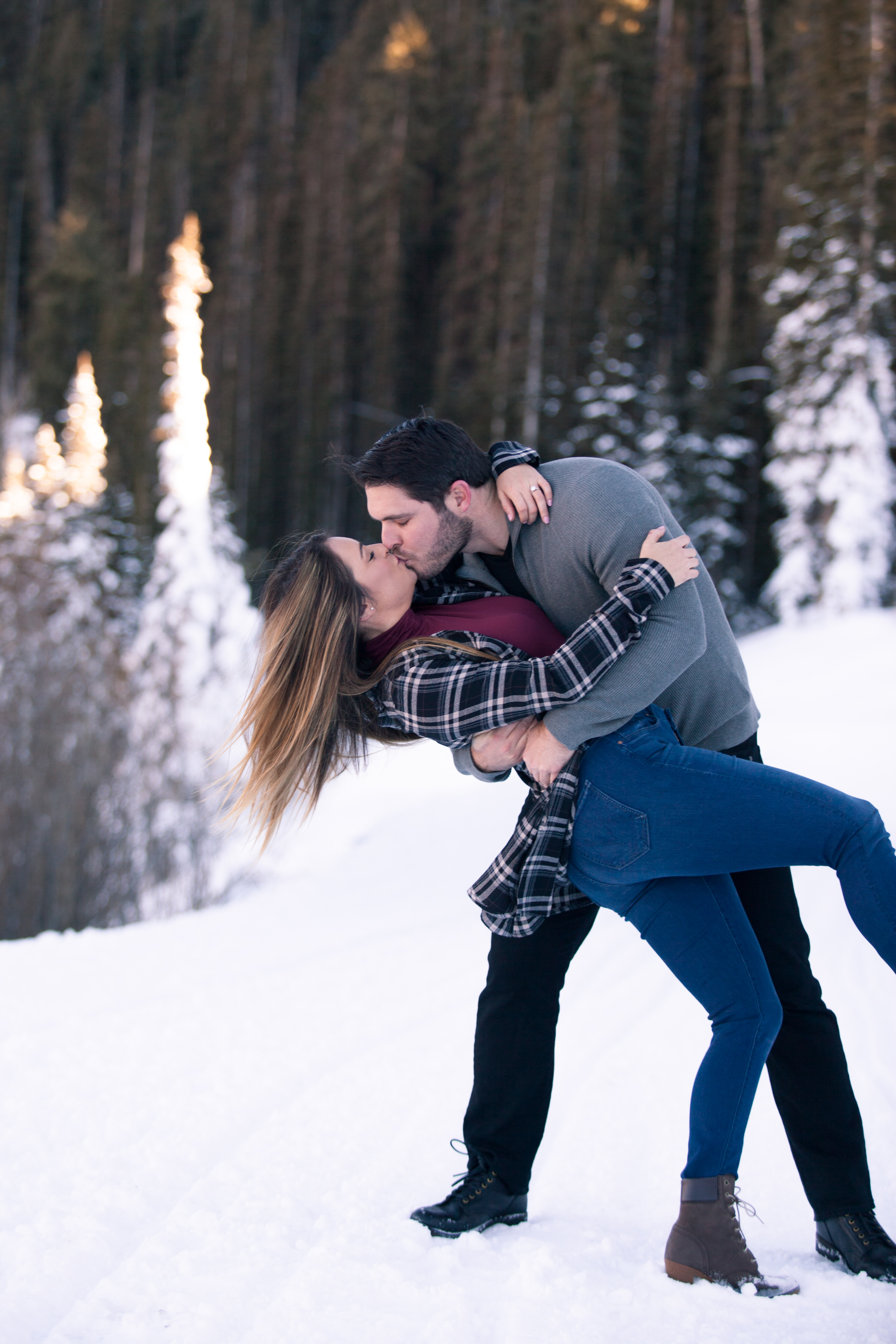 telluride winter engagement photos ski alexi hubbell  photography