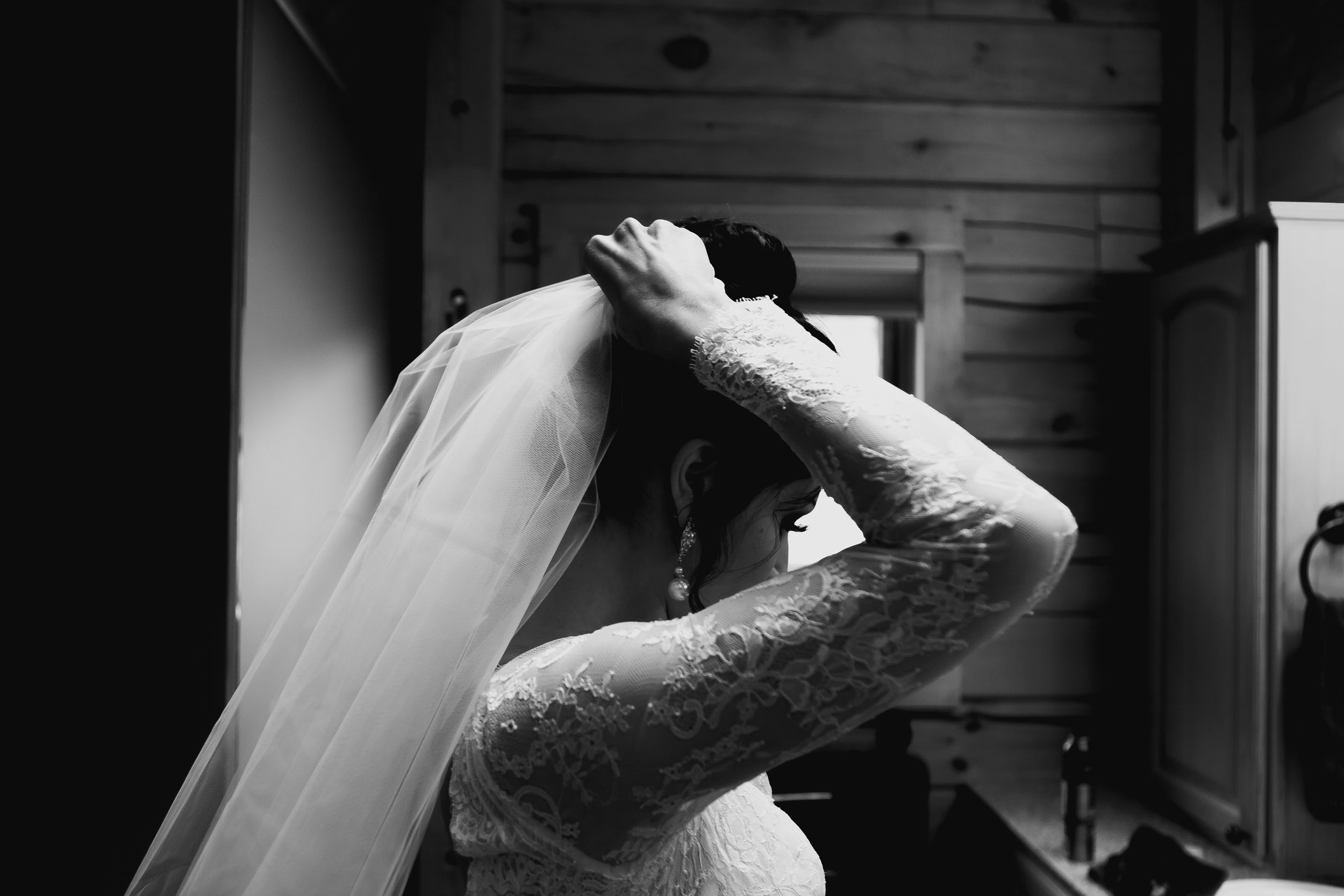 emily and justin-9805.jpg