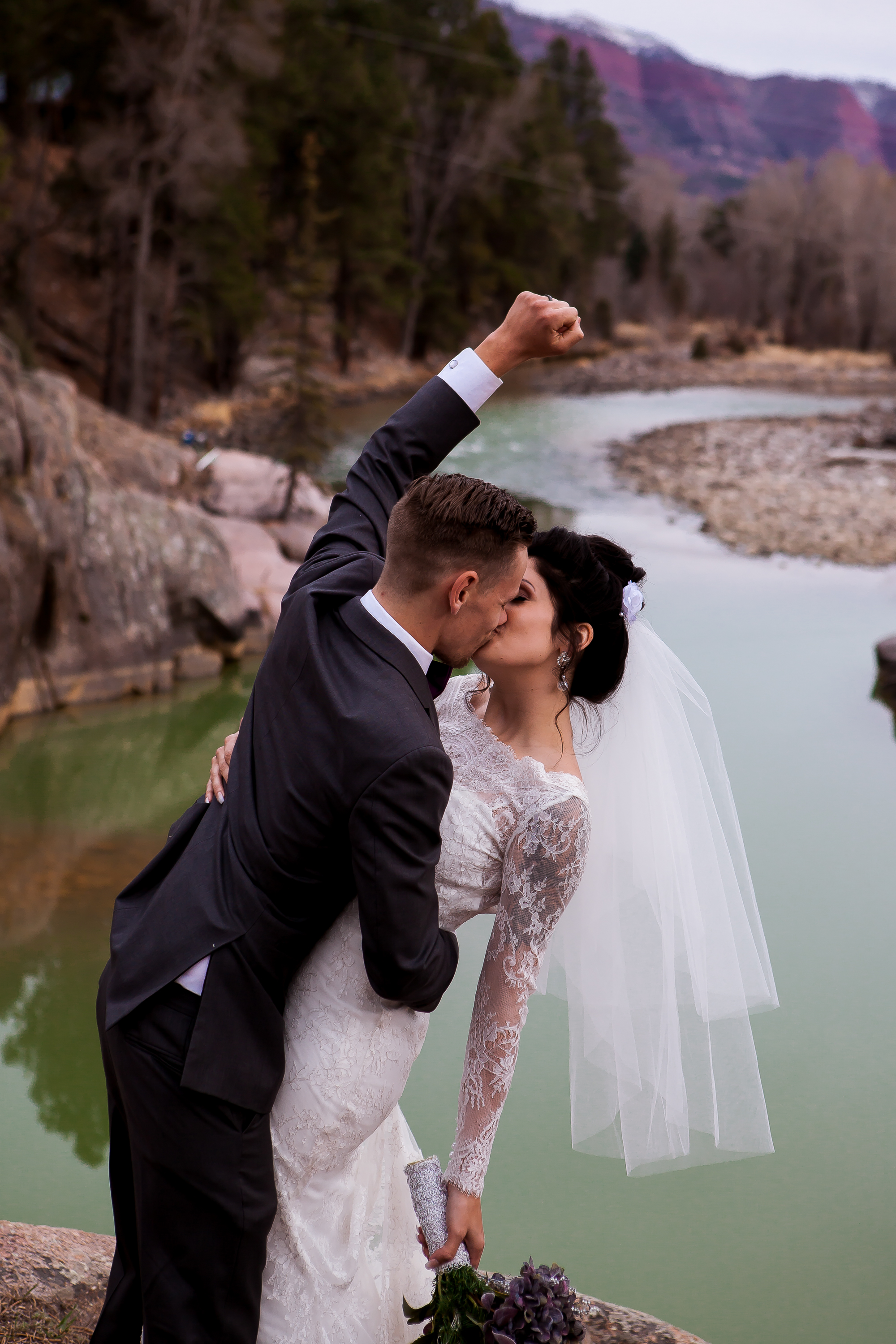 emily and justin-0648.jpg