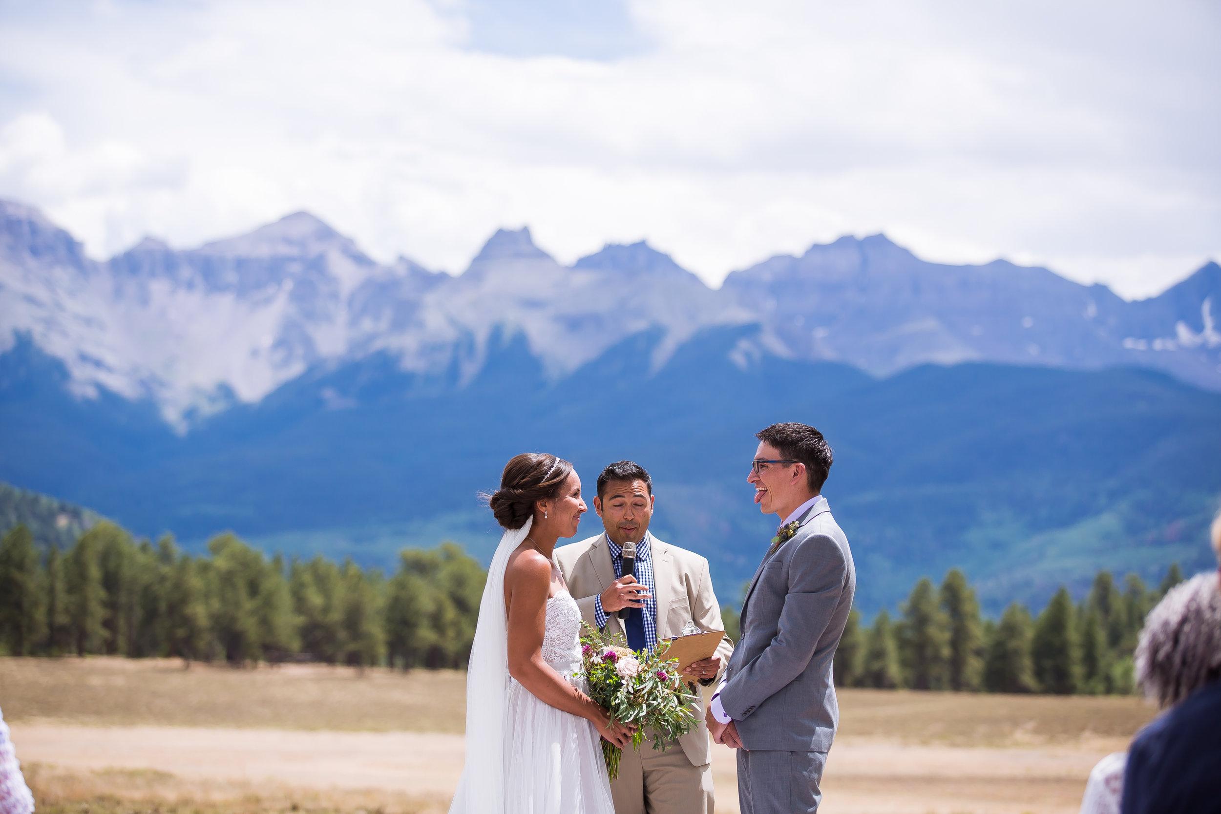 yELLURIDE, OURAY, RIDGWAY WEDDING TOP OF THE PINES SECRET GARDEN BED AND BREAKFAST