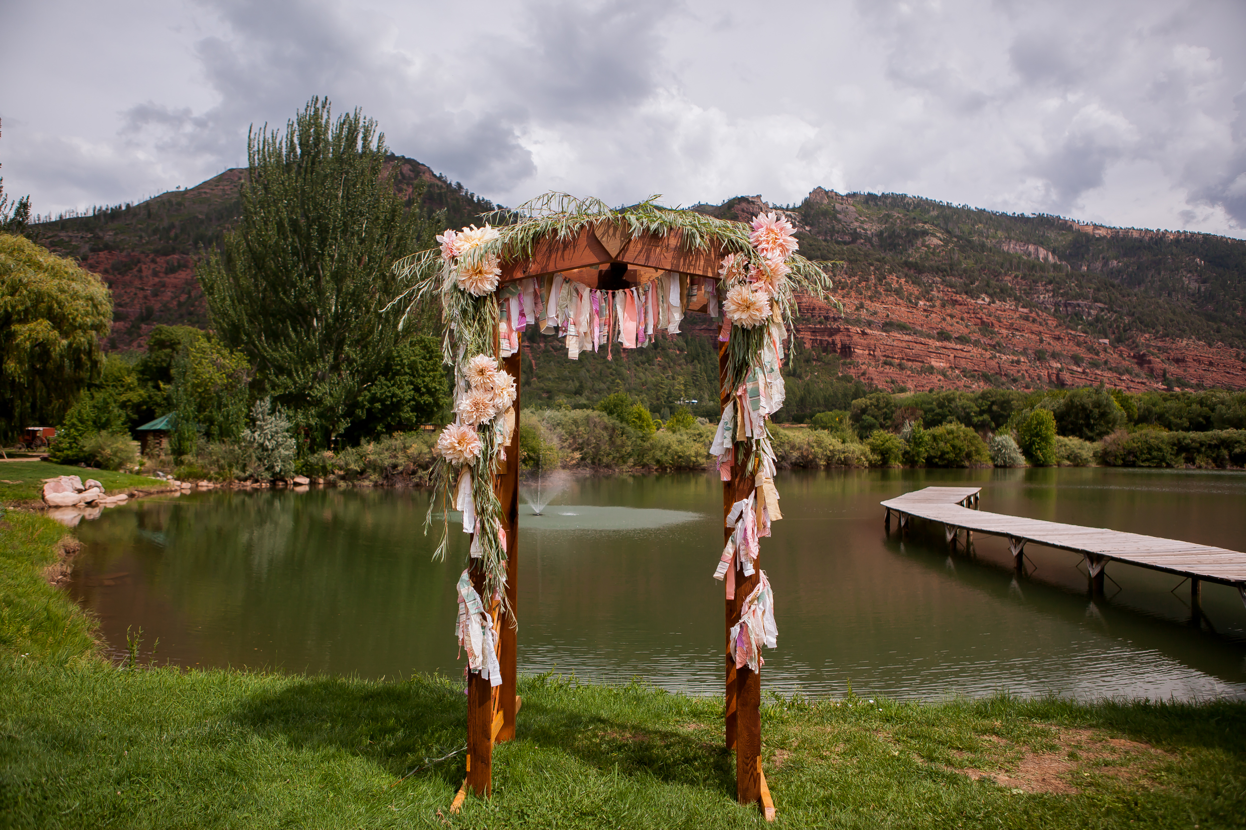 alexi hubbell photography river bend ranch wedding-5556.jpg