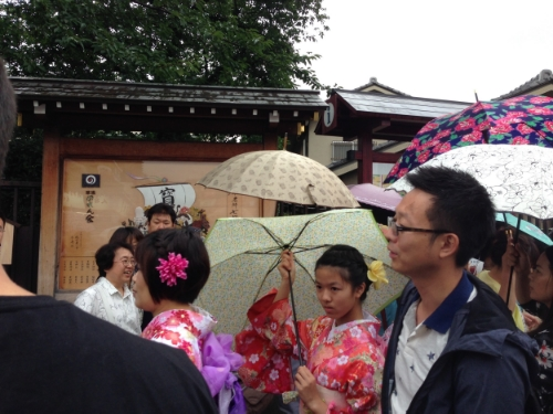 Some of the beautiful yukata (along with the amazing umbrellas) seen during the festival.
