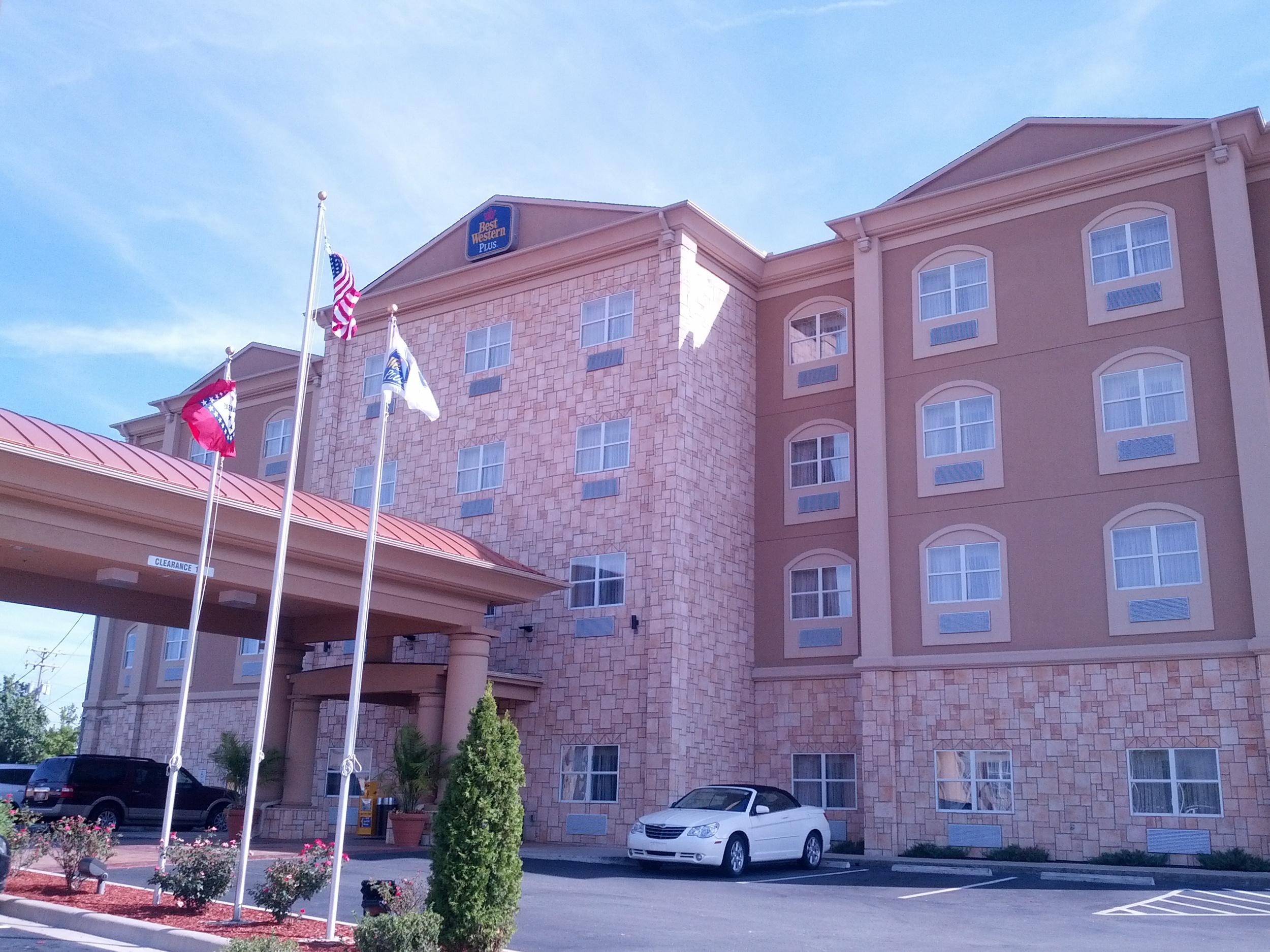 Little Rock Best Western Plus JFK Inn & Suites 09-15-2013 (2)