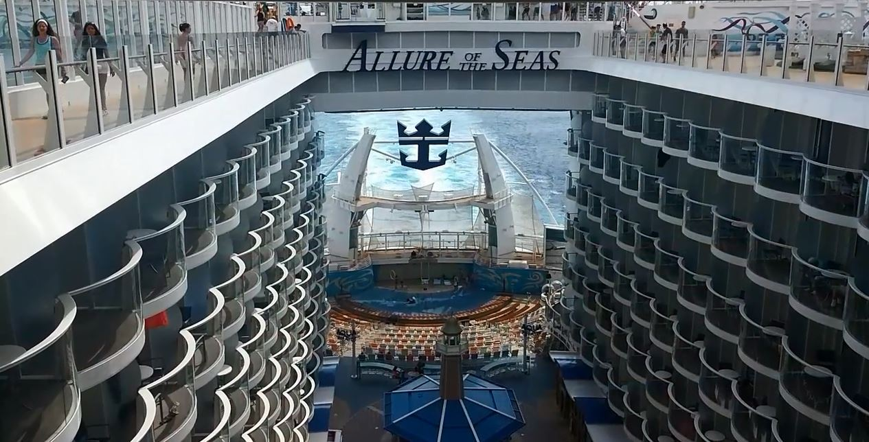 AquaTheater and Boardwalk viewed from deck 15