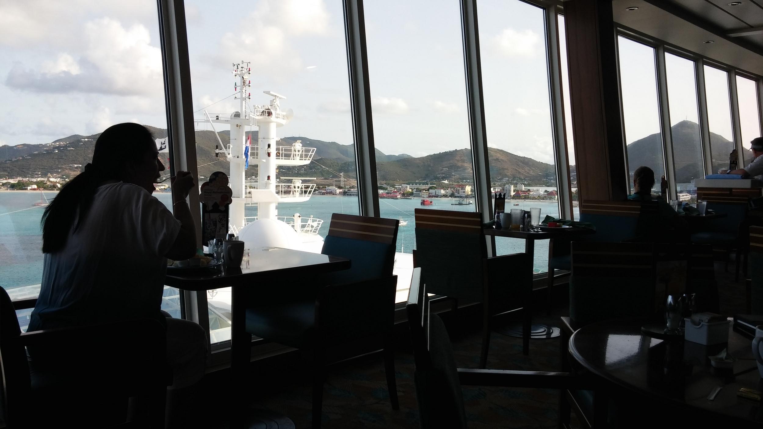 Windjammer breakfast at port