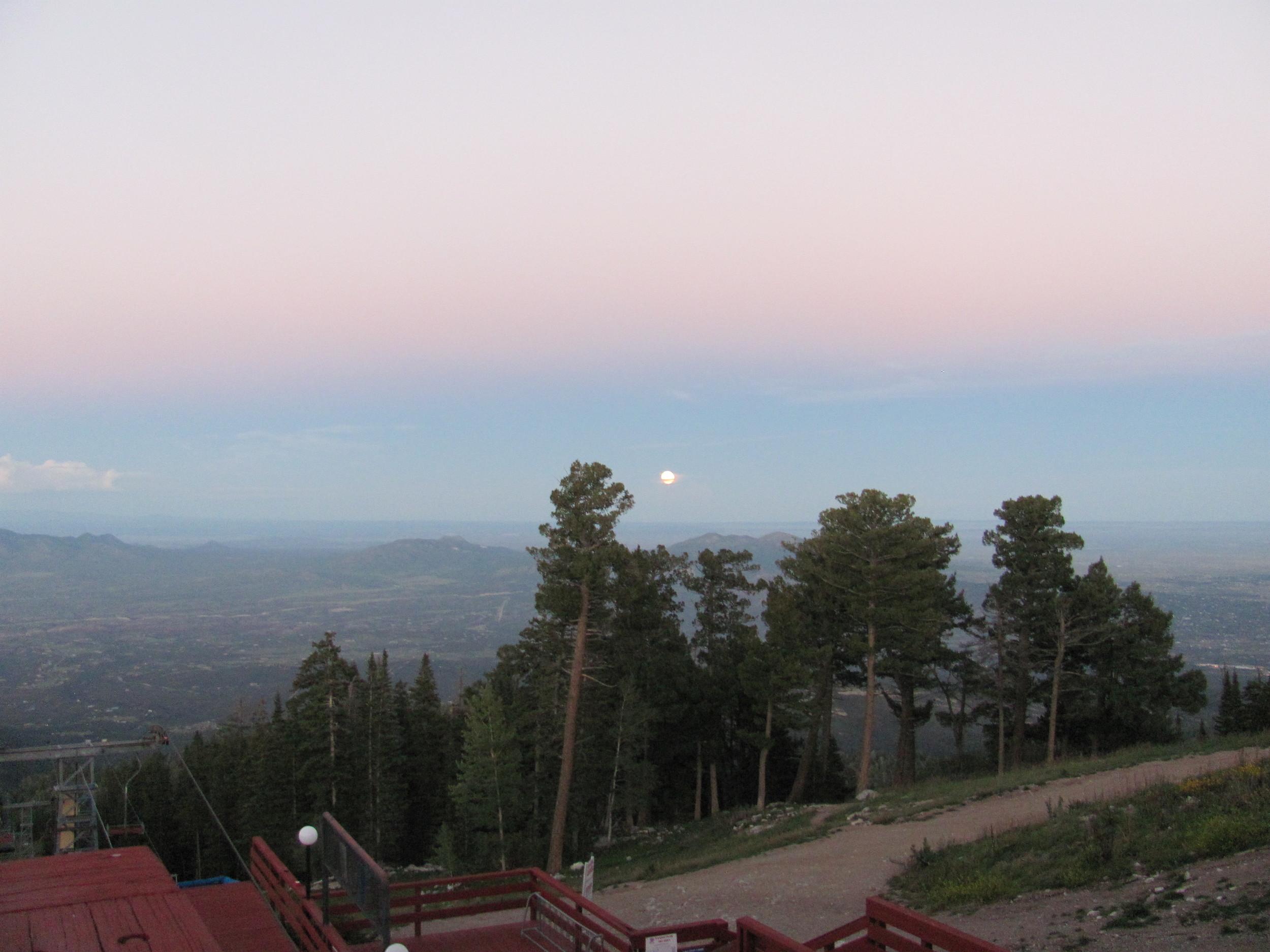 2013-09-19 High Finance restaurant at top of Sandia Peak tramway, Albuquerque NM (10).JPG