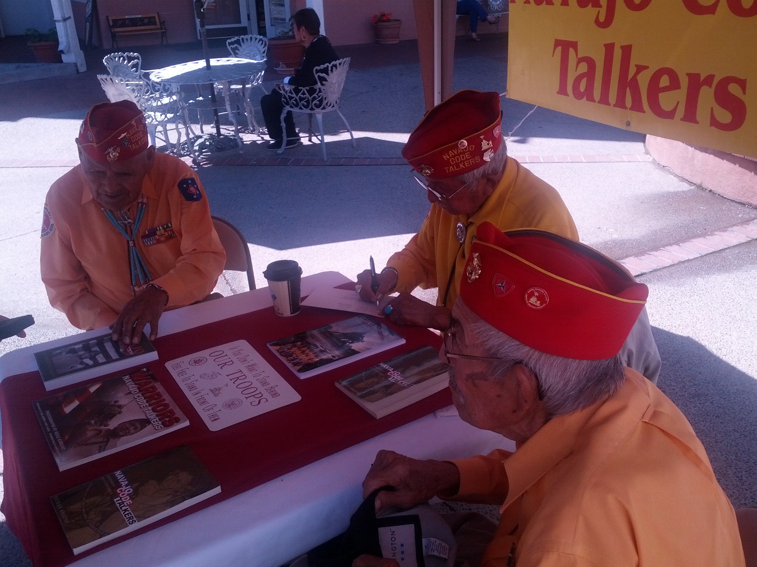 2013-09-20 Old Town Albuquerque (15) got to meet three of the remaining Navajo Code Talkers.jpg