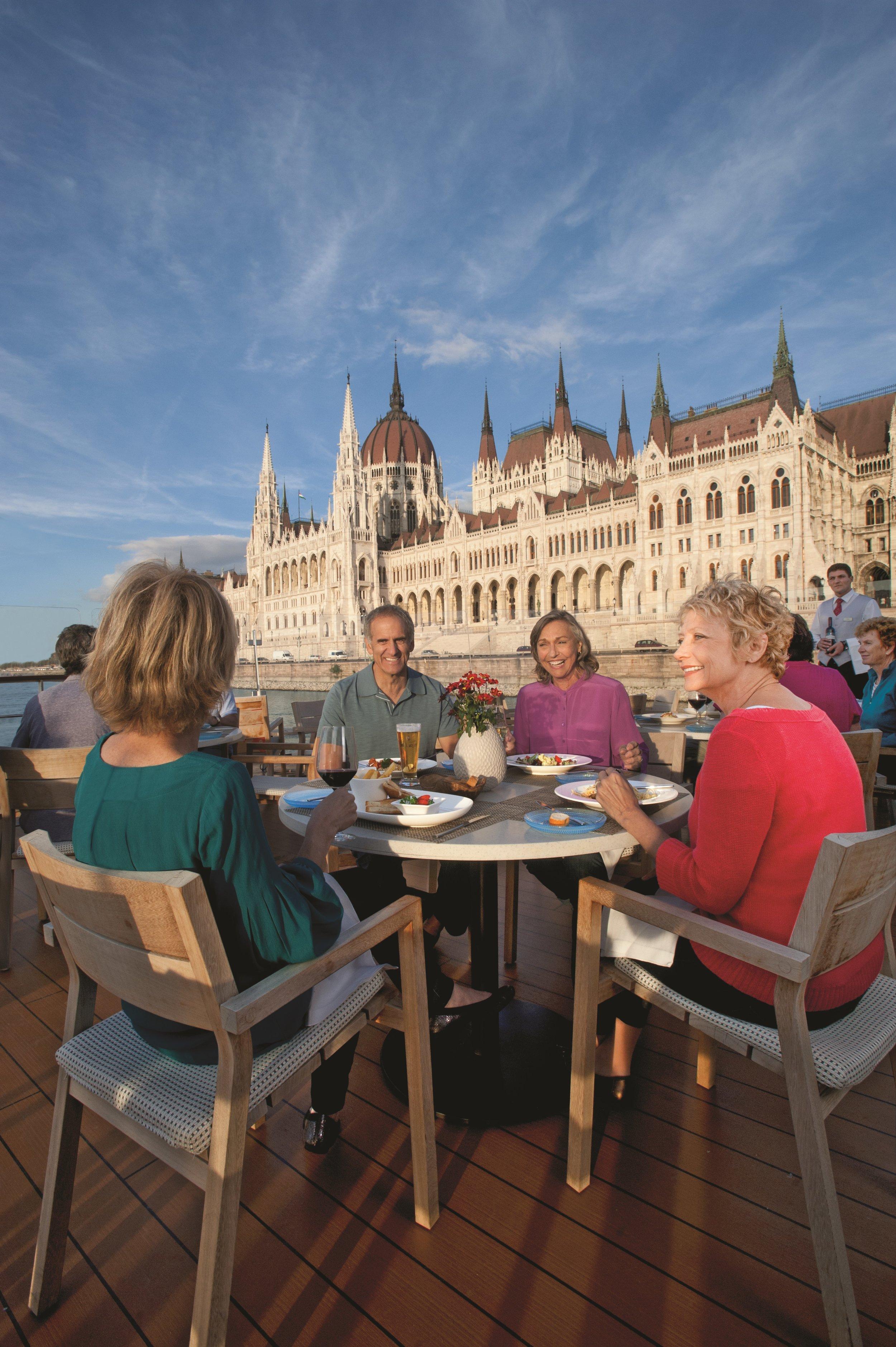 CC_Longships_Aquavit_Budapest1_Wine.jpg