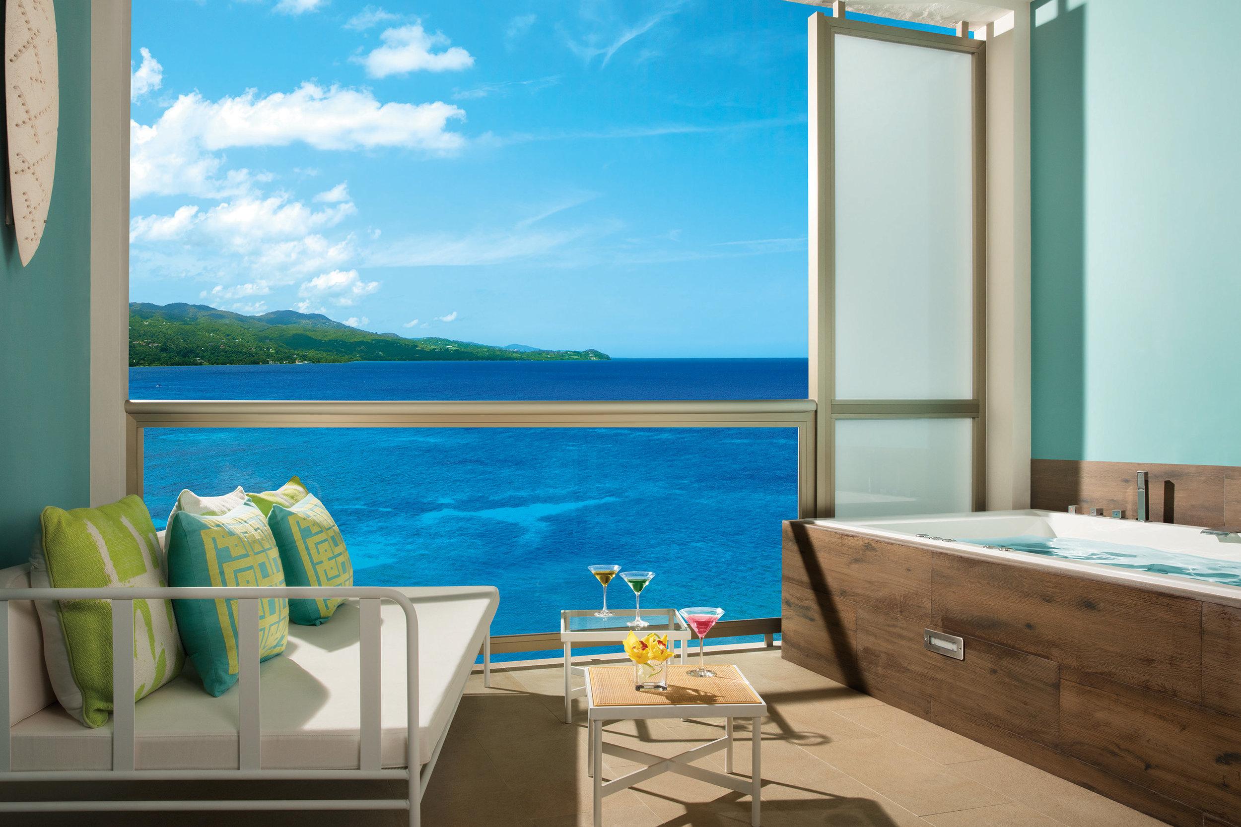 BREMB_Jr_Suite_OceanView_Terrace_2.jpg