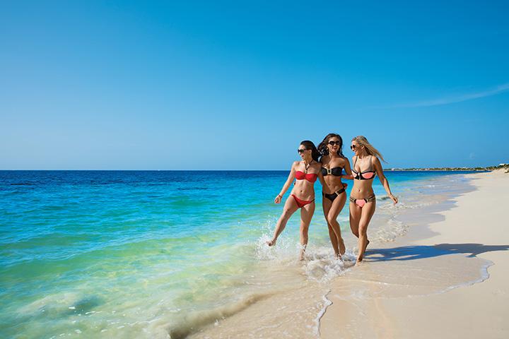 BRERC_Girlfriends_Beach1_2A.jpg