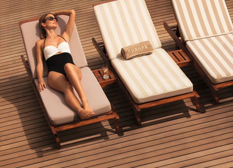 7059_Sunbed_on_Deck_R5.jpg