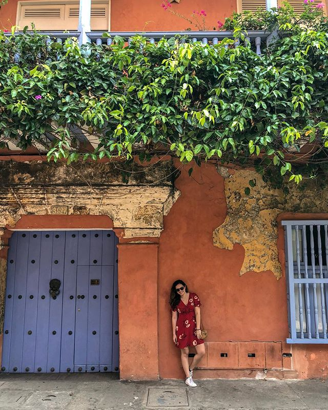 A little vacation goes a long way 🌿#cartagena ▫️ ▪️ ▫️ ▪️ #travelblogger #instatravel #travelgram #wanderlust #takemeto #followmeto #passportready #traveler #travelphoto #igtravel #traveltheworld #colombia #colorful