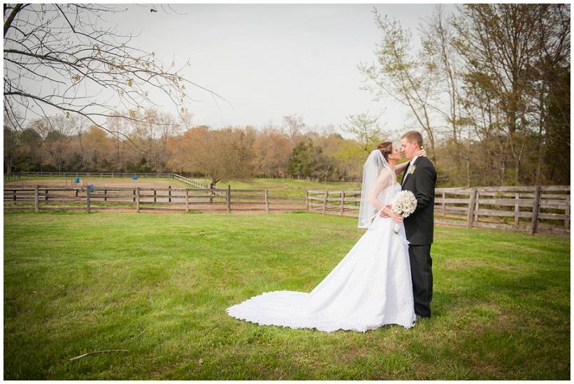 Katie.Ryan.Wedding_0060.jpg