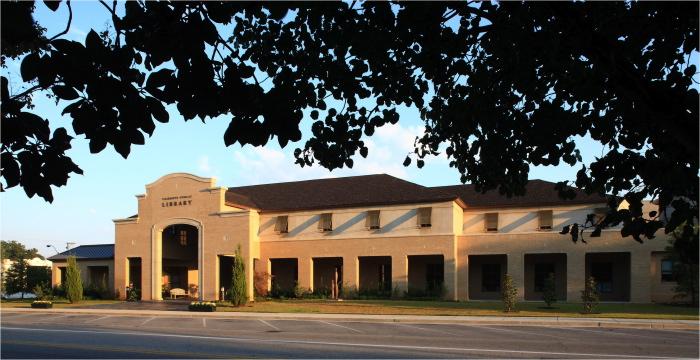 Fairhope Library 03.jpg