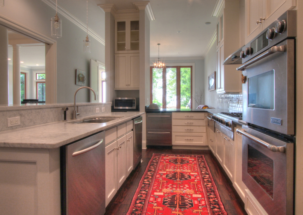 02 Dowhan, James & Lauren Res Photos LV Selected kitchen.jpg