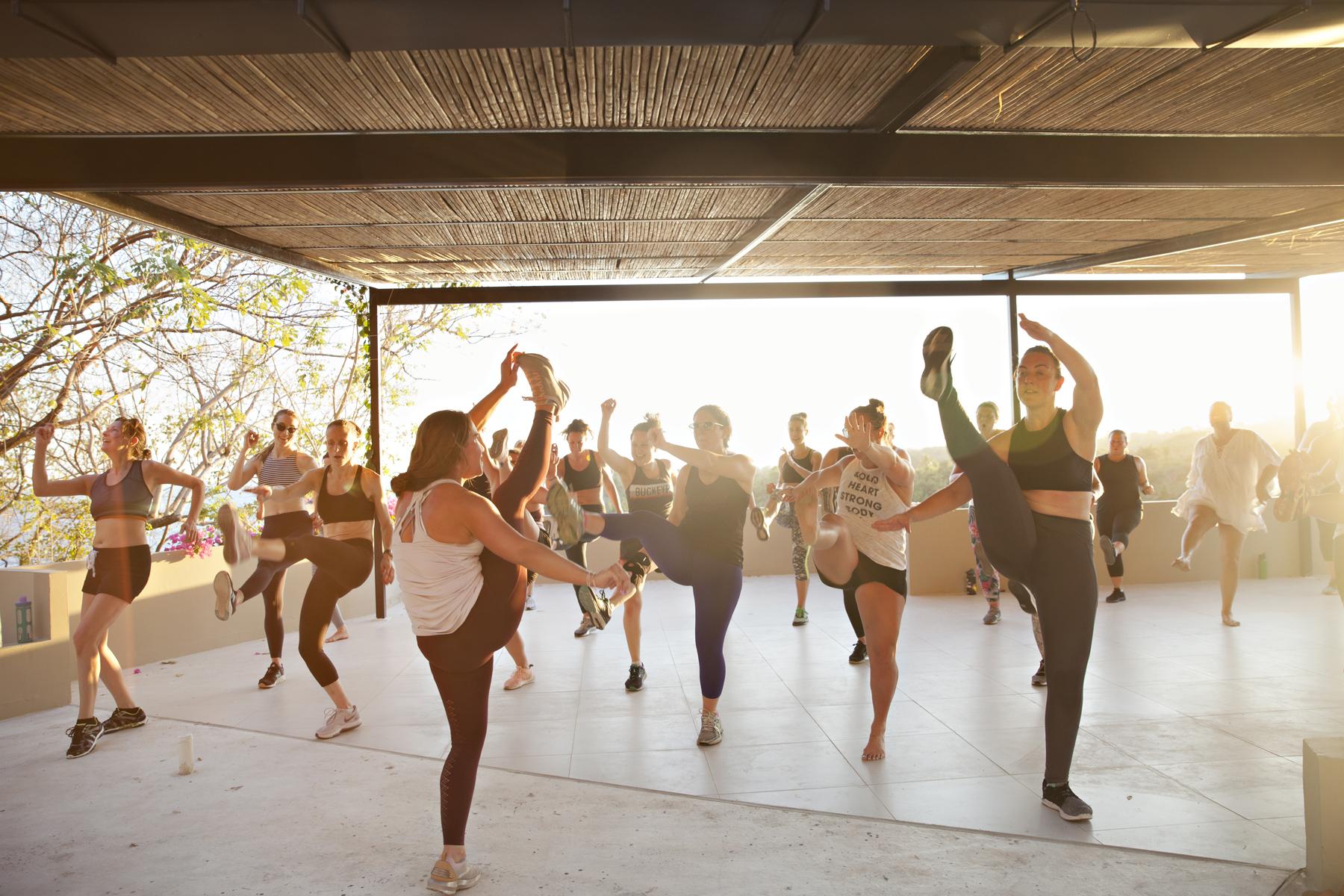 ElSalvaHive_Dance_035.jpg