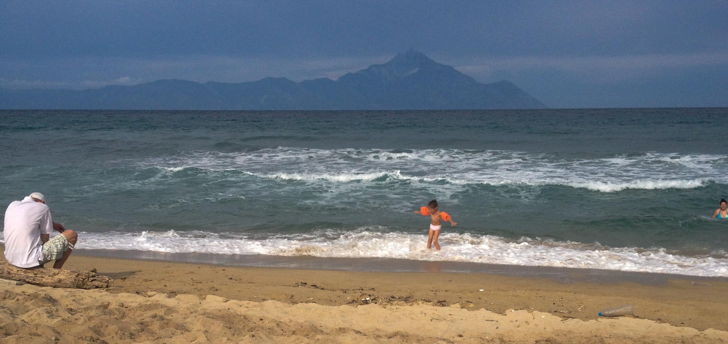 A beach in Sarti. (Photo by Maya Kroth)