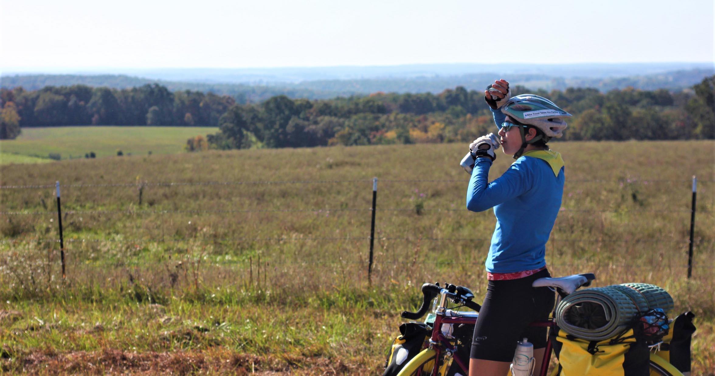 Olivia Round on her bike trip from Oregon to Florida. (Photo courtesy Olivia Round)