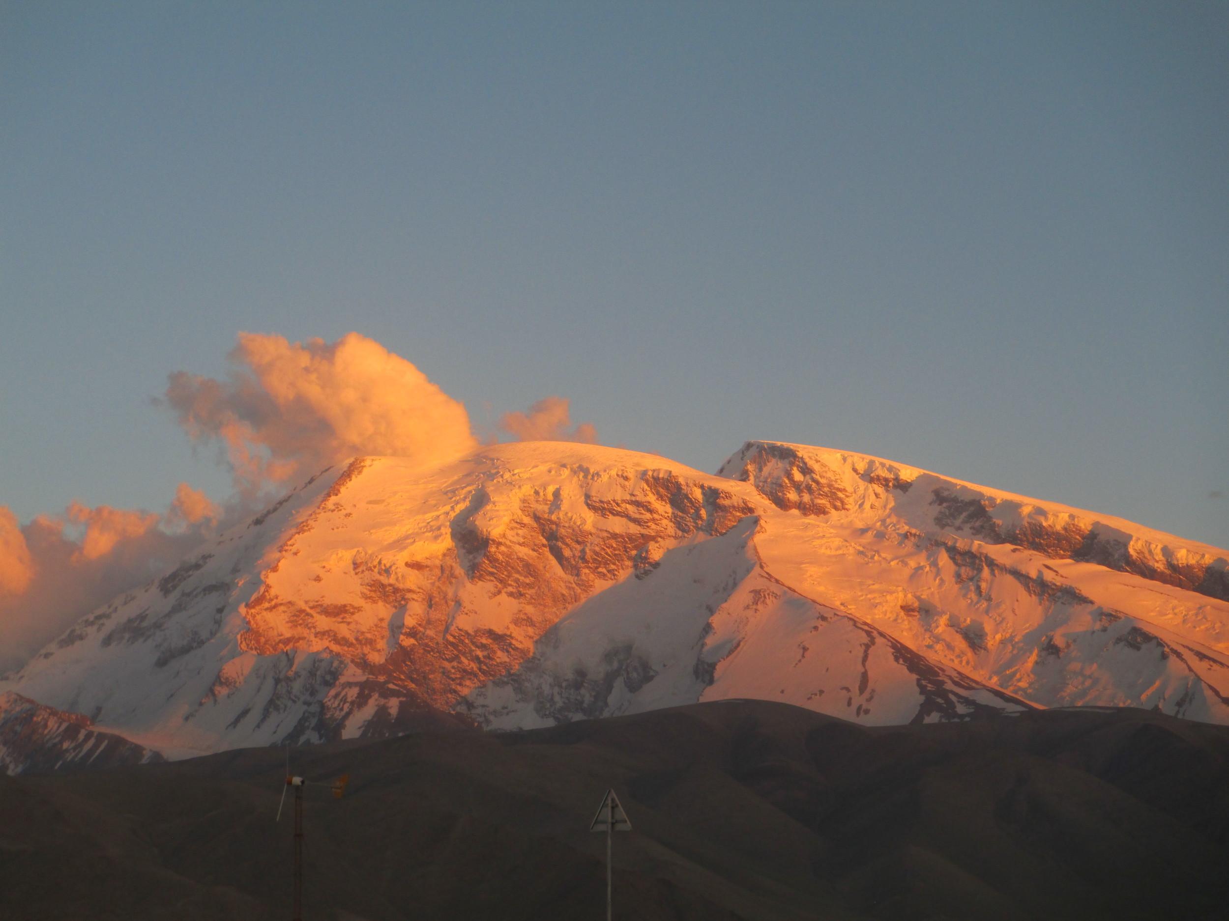 Muztaga Ata - sunset
