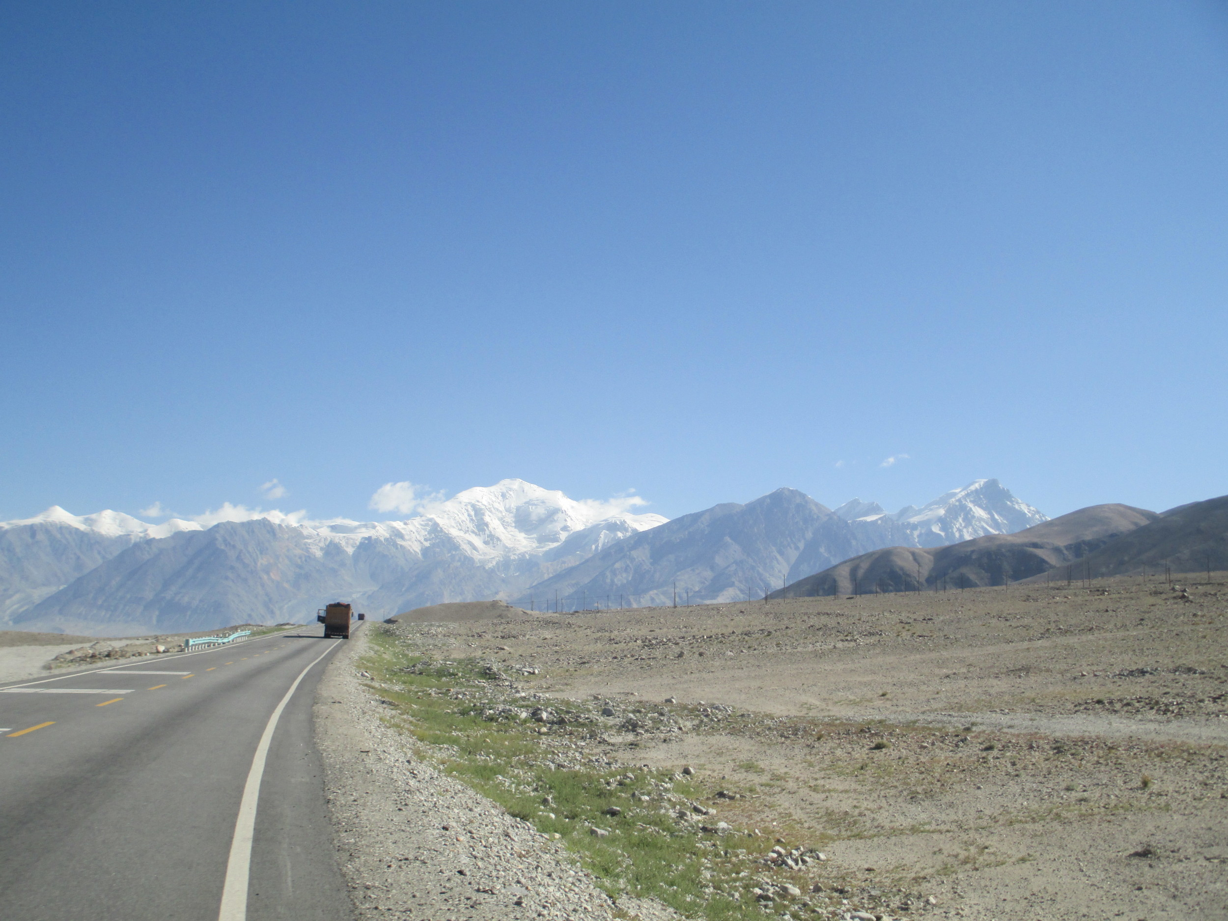 The Karakorum highway final 200kms towards Kashgar