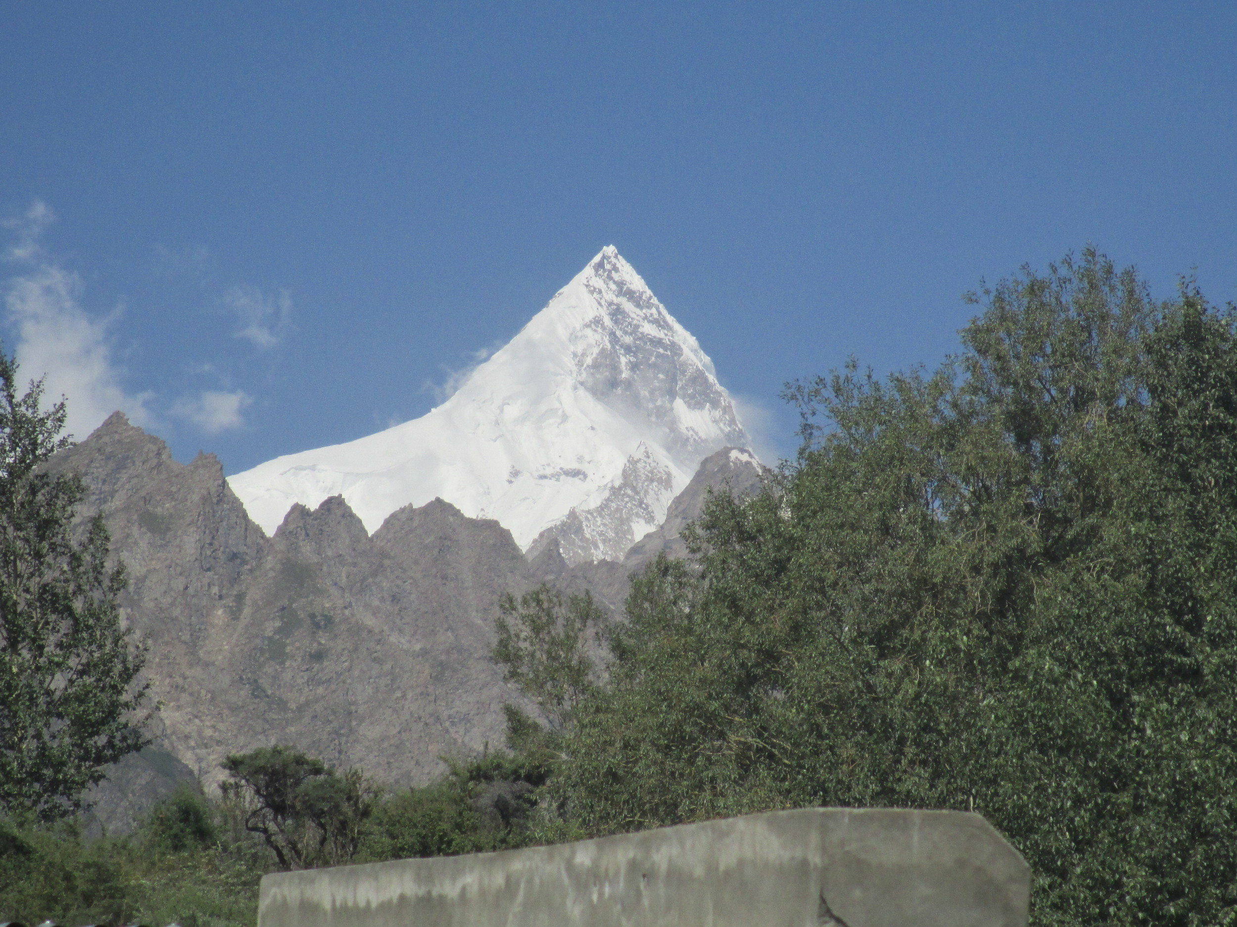 The amazing Pyramid of Sishpar Sar 7611m