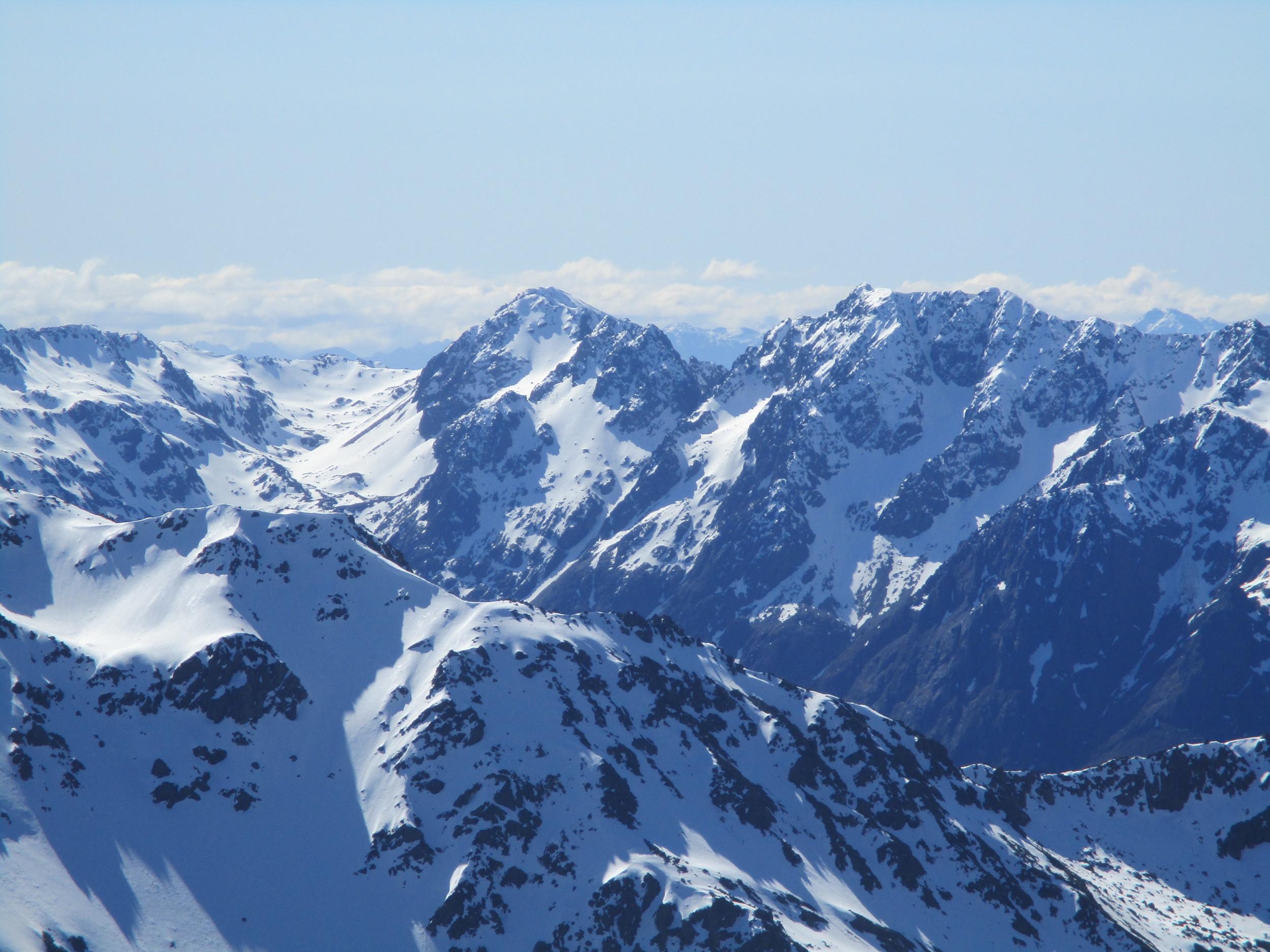 Mt Angelus and the Angelus ridge in winter