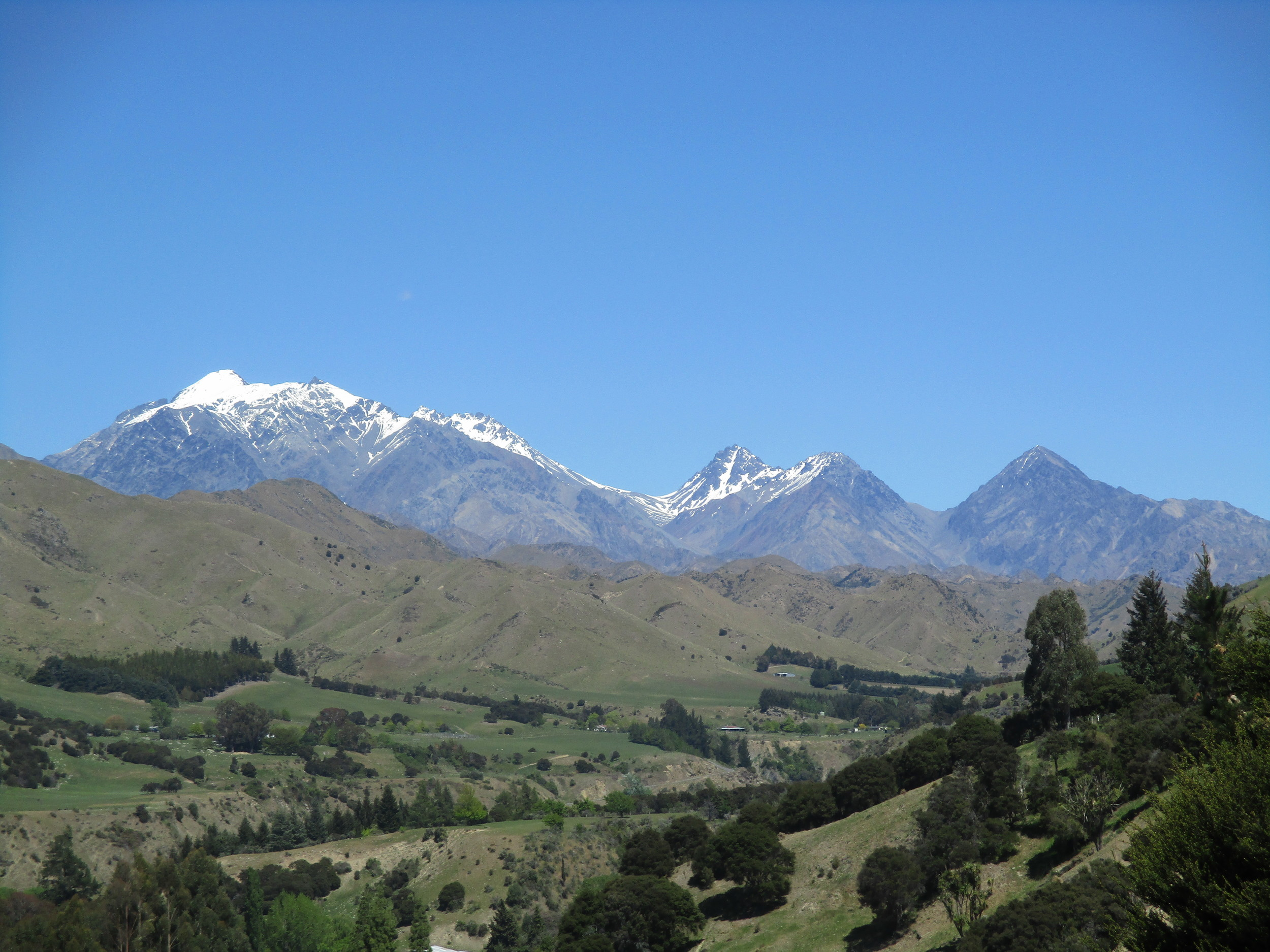 Approaching Tapuae-o-Uenuku via the Awatere valley