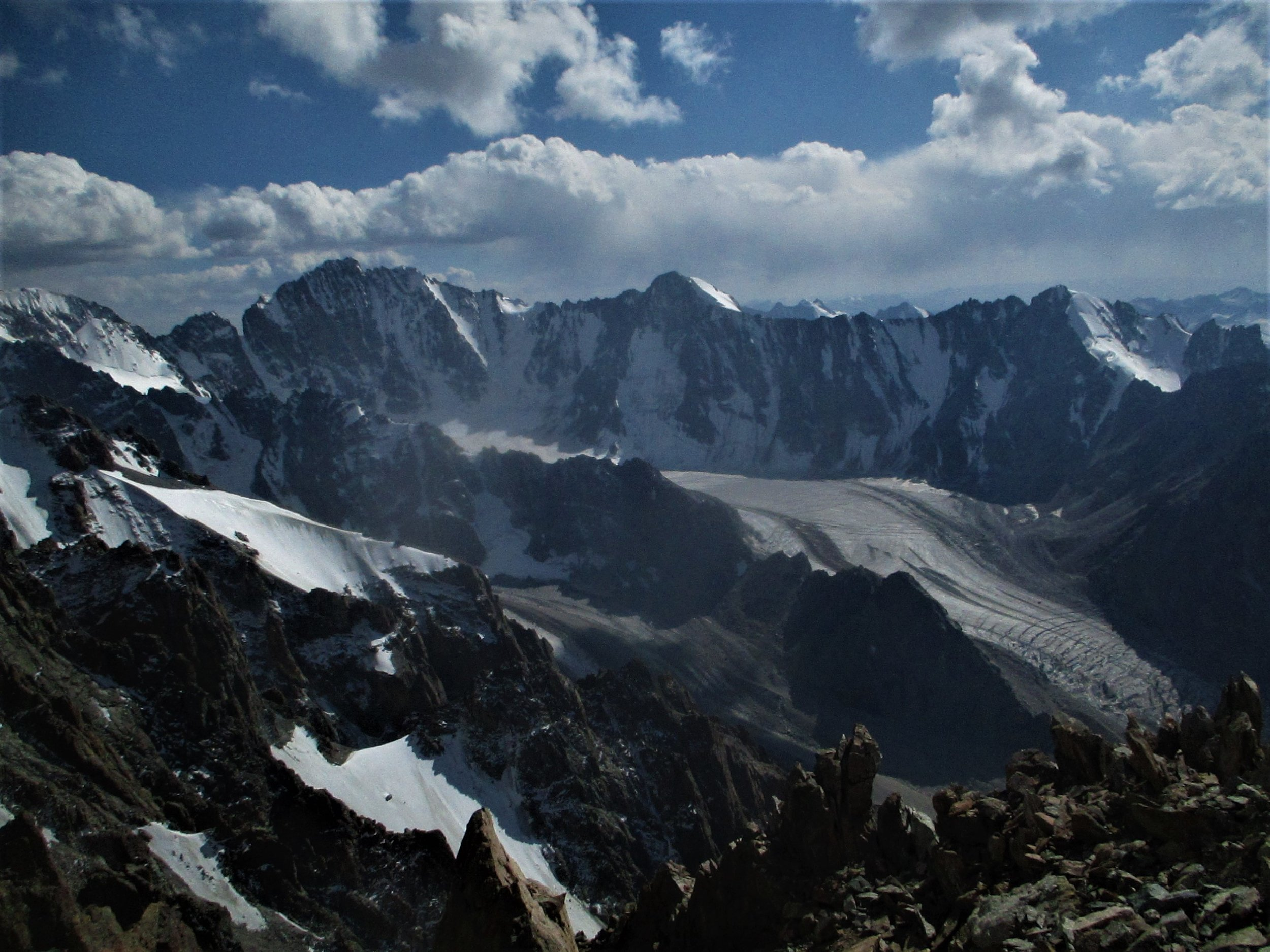 Alps with ice walls and glaciers