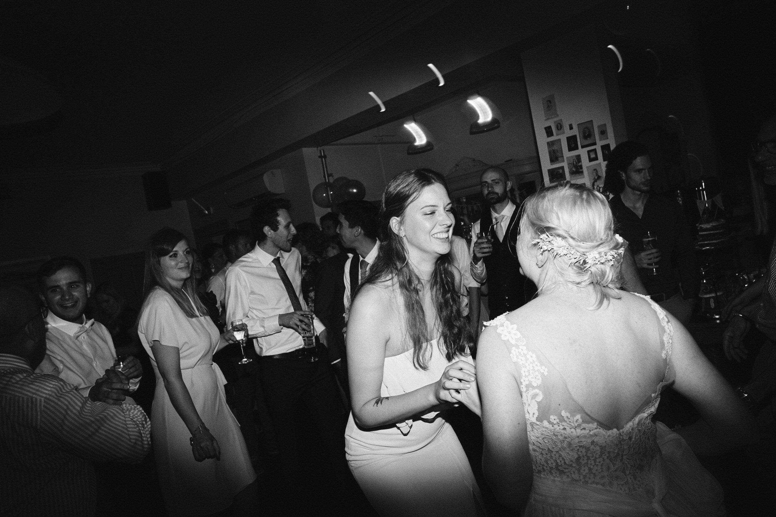 Wedding in London - Echoes & Wild Hearts 0088.jpg