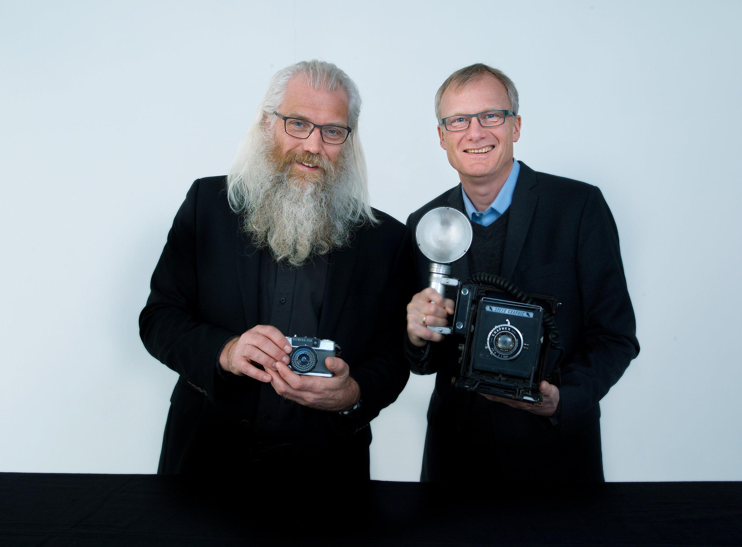 Fra venstre; Erling Johansen, daglig leder i Fotografihuset AS og Kjell Kalland, adm. dir. i HAV Eiendom. (FOTO: CF-Wesenberg)