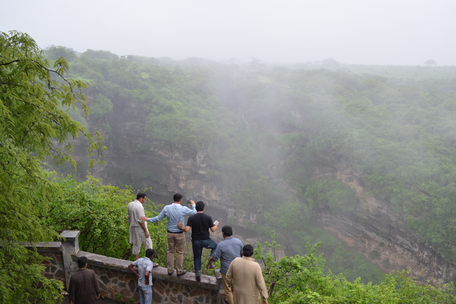 """Lonely Planet Blog    LP Pathfinders: top posts from August 2015   LP selected our post titled  Misty Greens in Southern Oman  for this awesome recognition, and posted, """"This simple and succinct piece reveals a side to  Oman  you never knew existed. Discover the lush greens and verdant landscapes of 'the Khareef'.""""  Read more:  http://www.lonelyplanet.com/blog/2015/09/08/lp-pathfinders-top-posts-from-august-2015/#ixzz4A3KQ3ytP   Thanks LP! We've always been loyal, and appreciate the support!"""