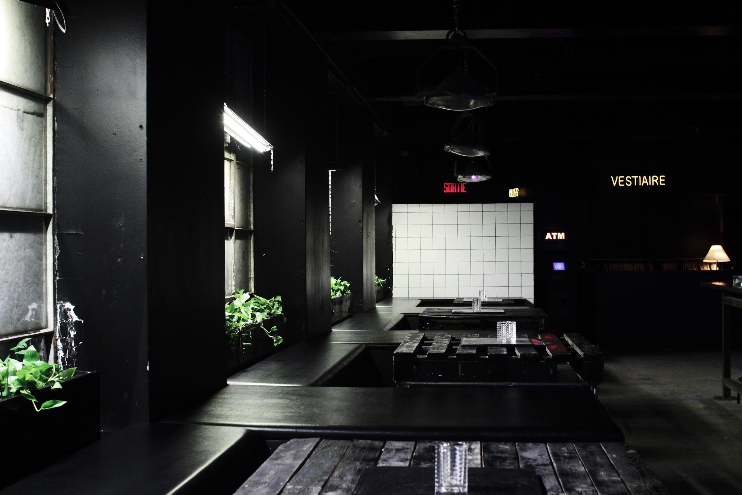Bar_Seats_04.jpg