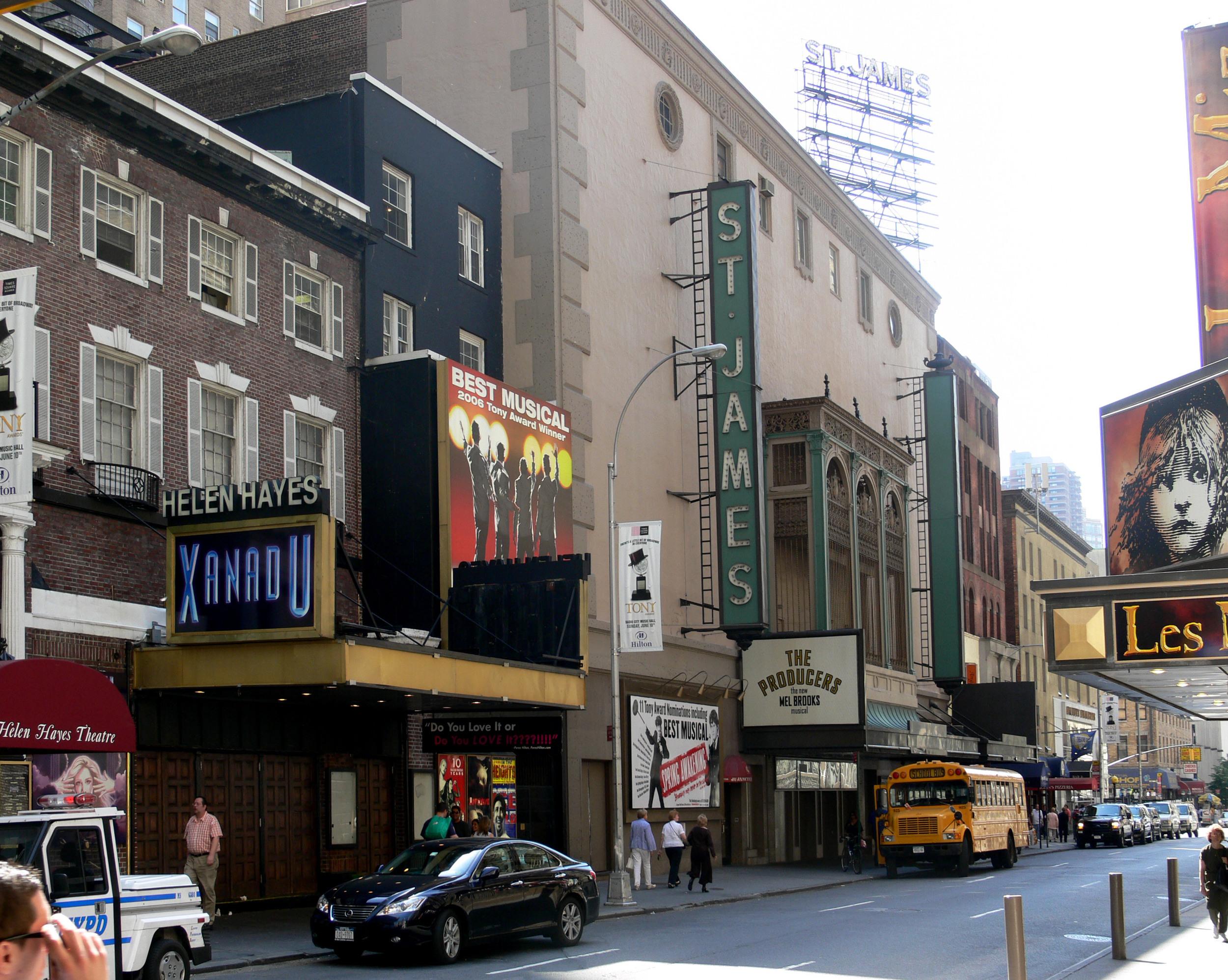 St_James_Theatre_NYC_2007.jpg