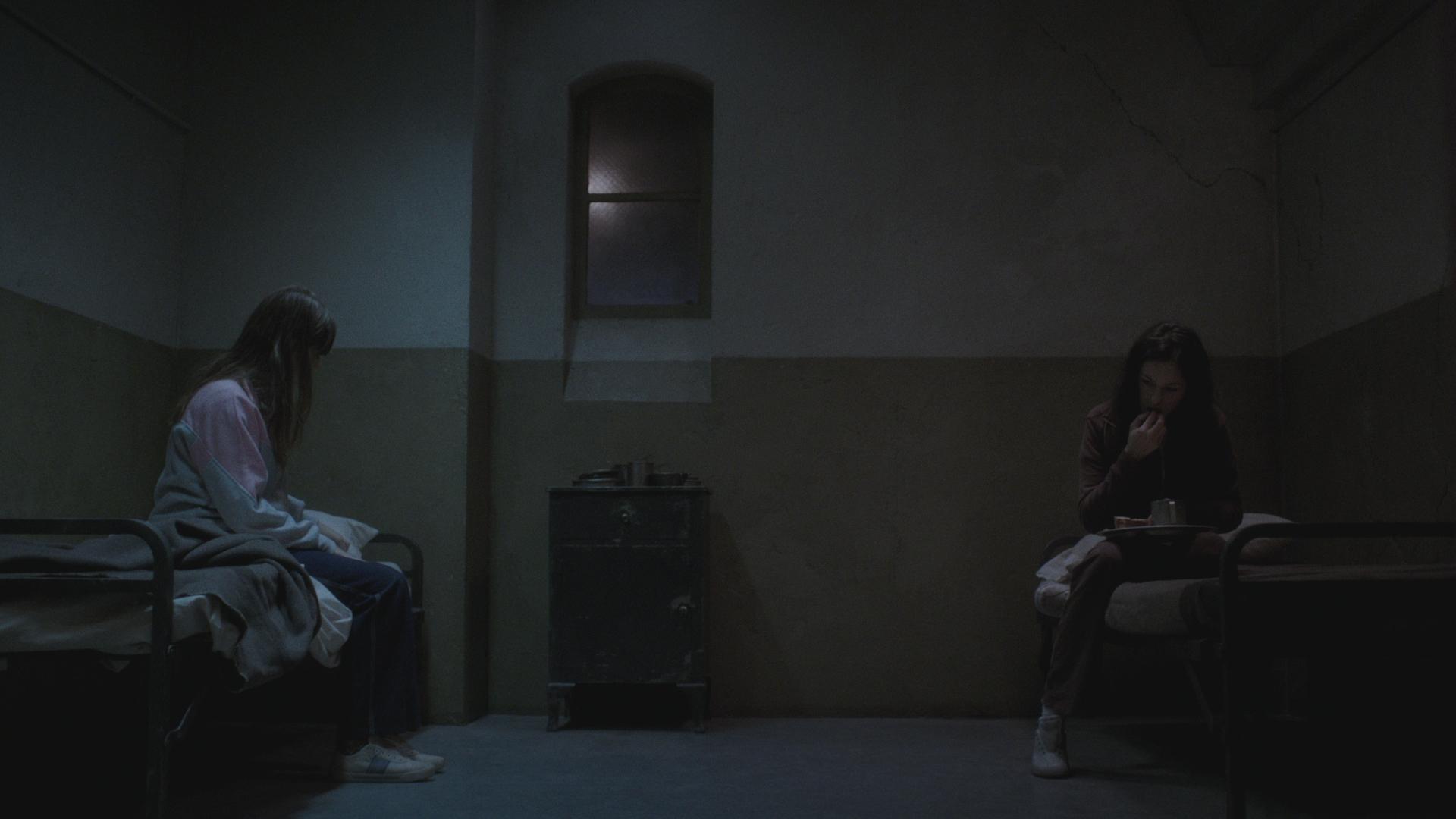 18 302_Sc33 cell prison.jpg