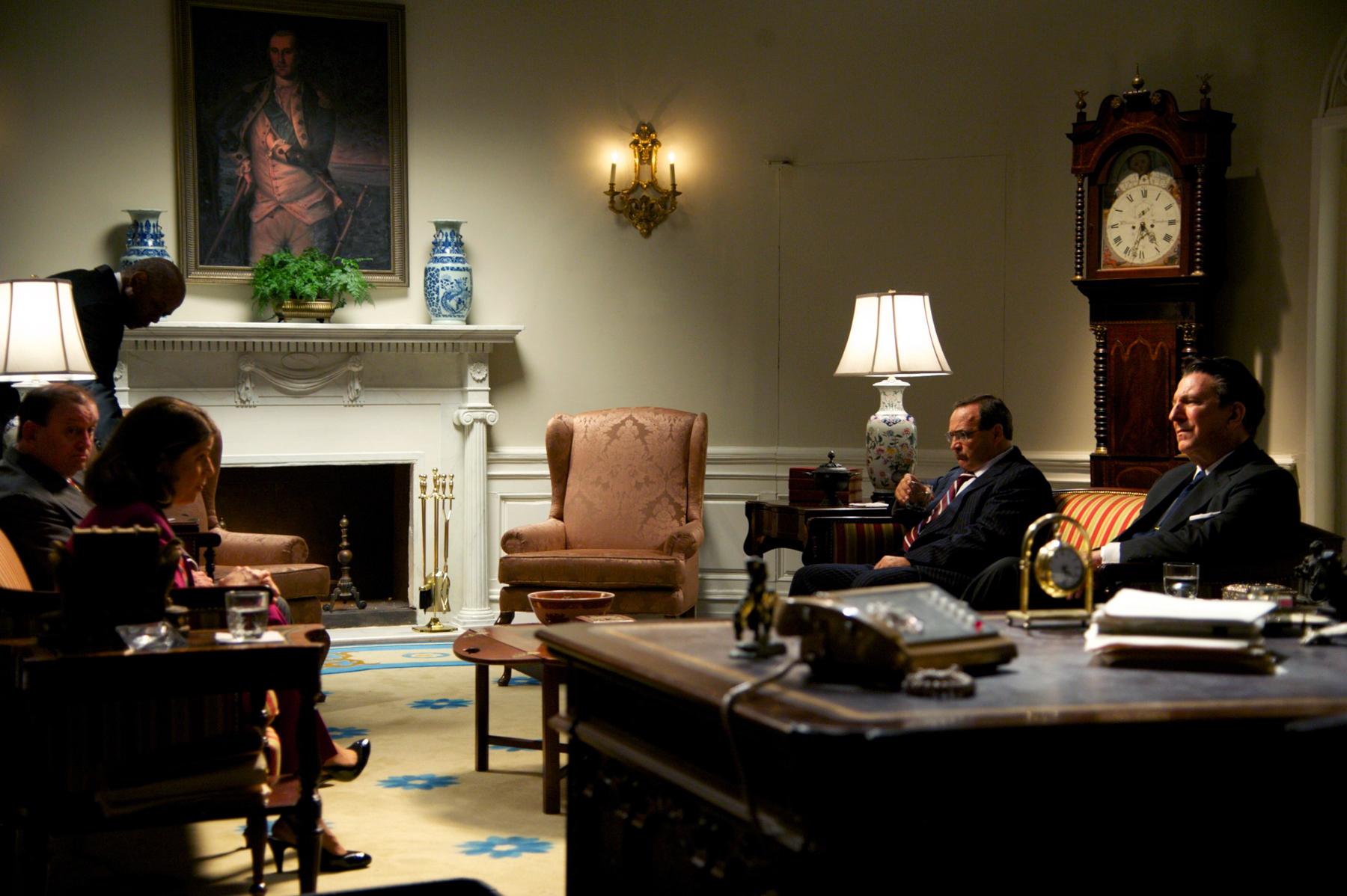 2d Oval Reagan.jpg