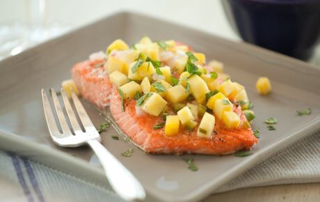 Baked salmon with mango salsa   http://m.wholefoodsmarket.com/recipe/baked-salmon-warm-mango-salsa?sf3574331=1