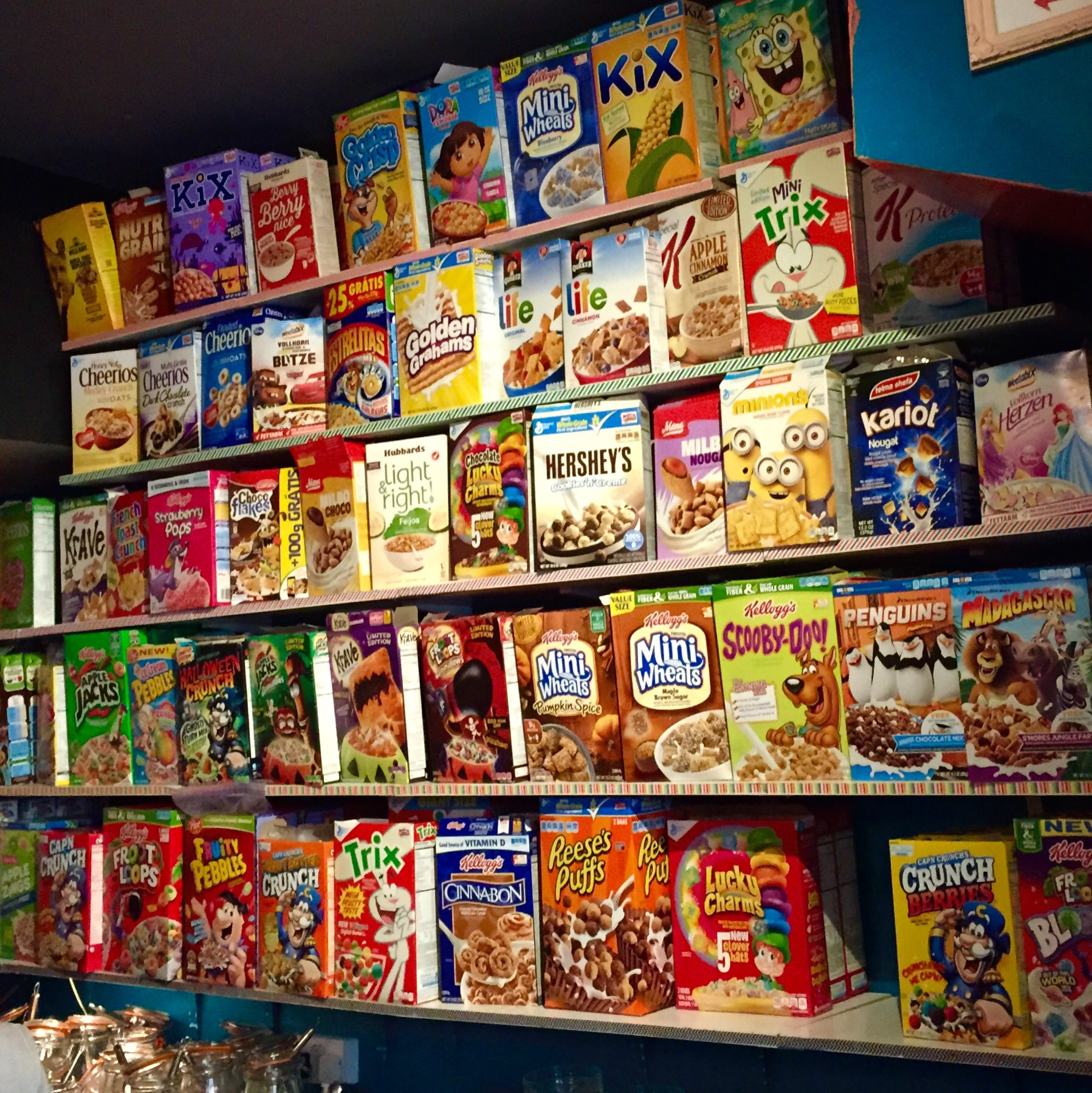 Wall of American cereals
