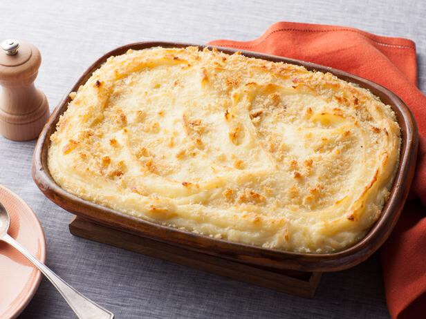 Get the recipe here:   http://blog.foodnetwork.com/fn-dish/2012/10/baked-mashed-potatoes-with-parmesan-cheese-pin-of-the-week/