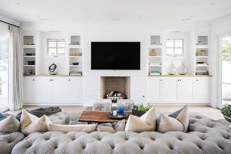 Beach-Style-House-Graystone-Custom-Builders-04-1-Kindesign.jpg