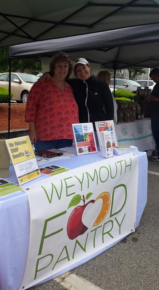 Farmer's Market SNAP Program volunteers excited to be launching this new program.