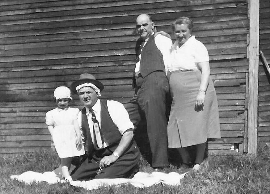 Me, Jani bácsi and grandparents