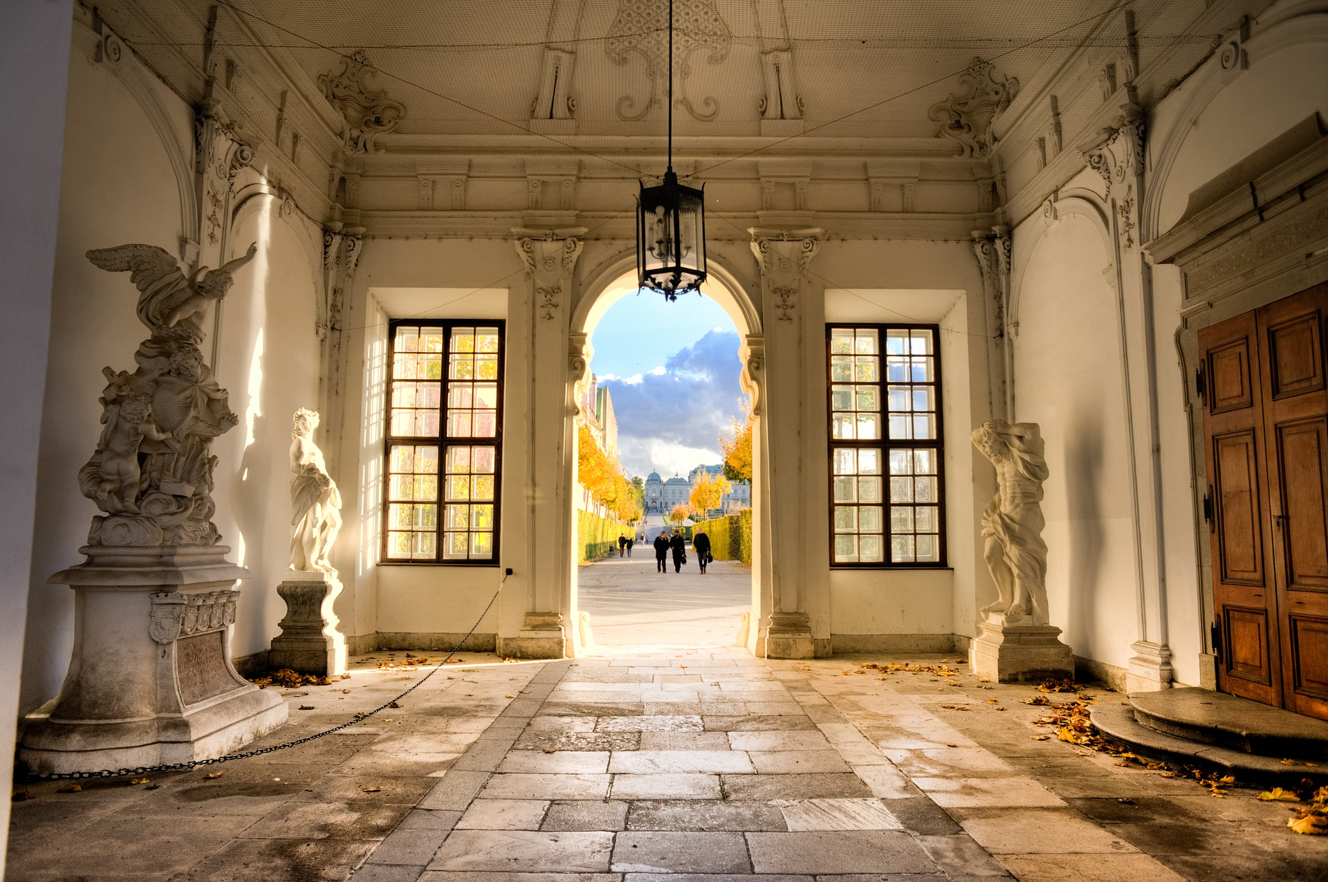 Gateway to Belvedere Gardens. Look the wrong way, and you miss this sight!  [ Source ]
