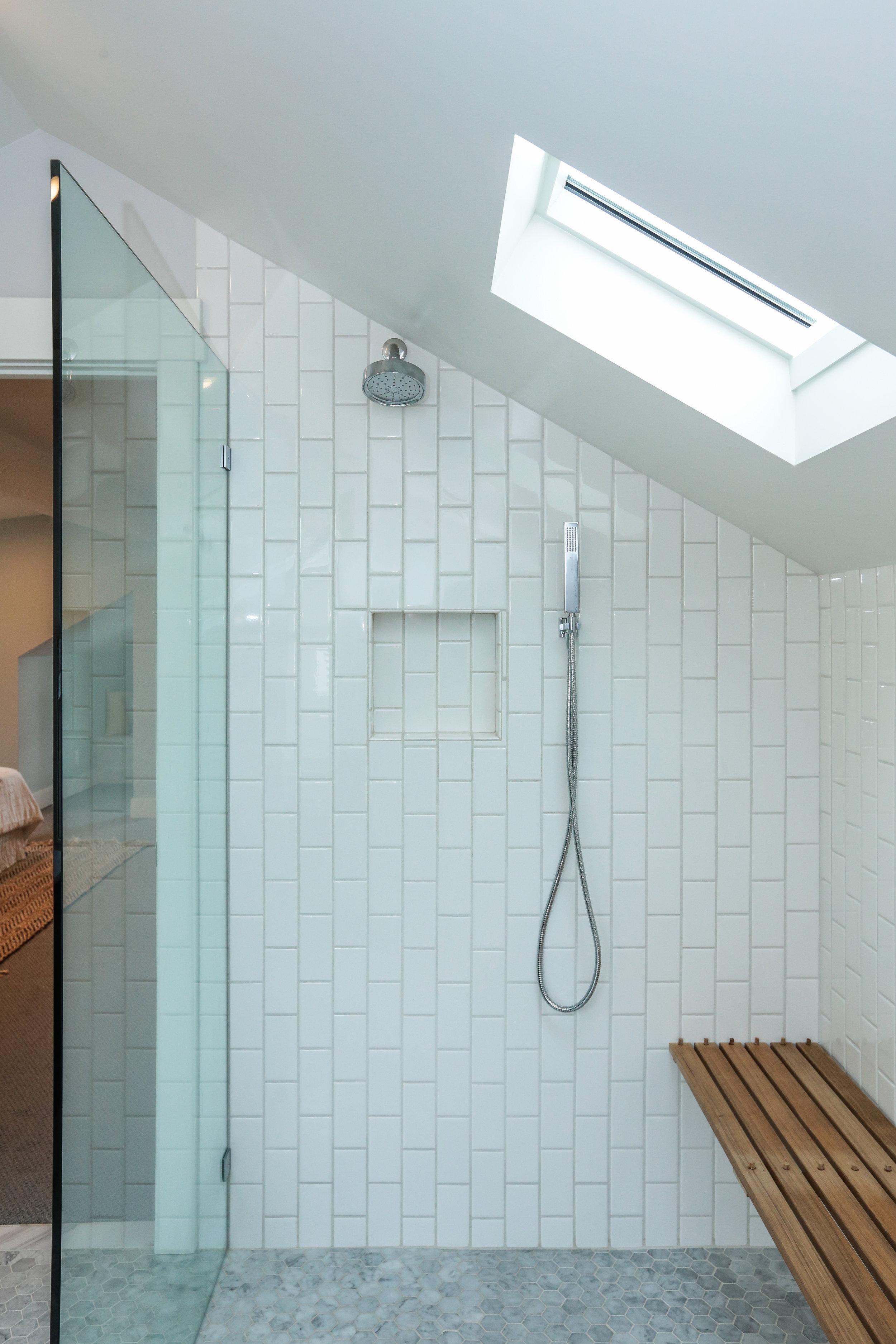 Bathroom: White Dove (satin)