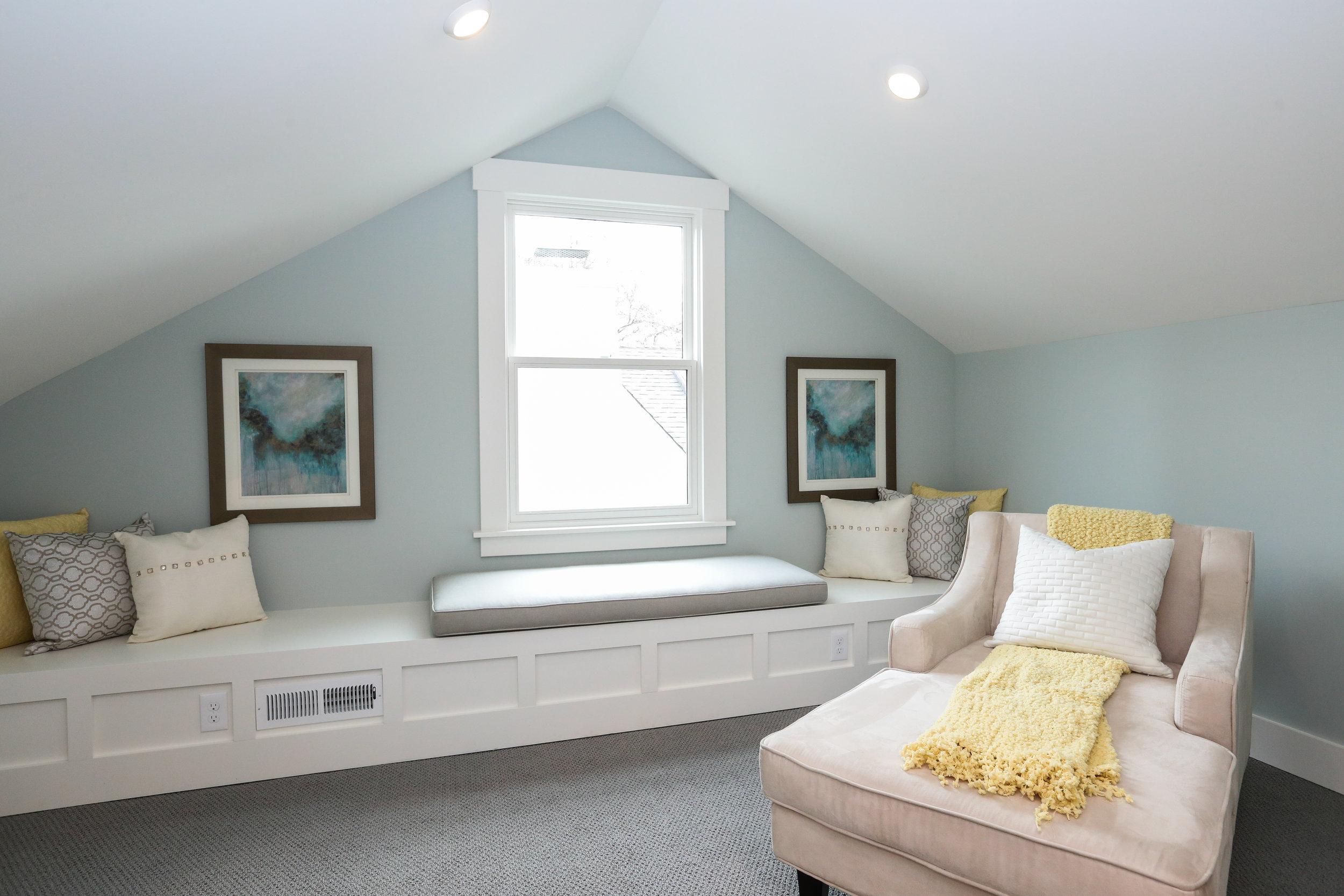 Ceiling: White Dove (flat)