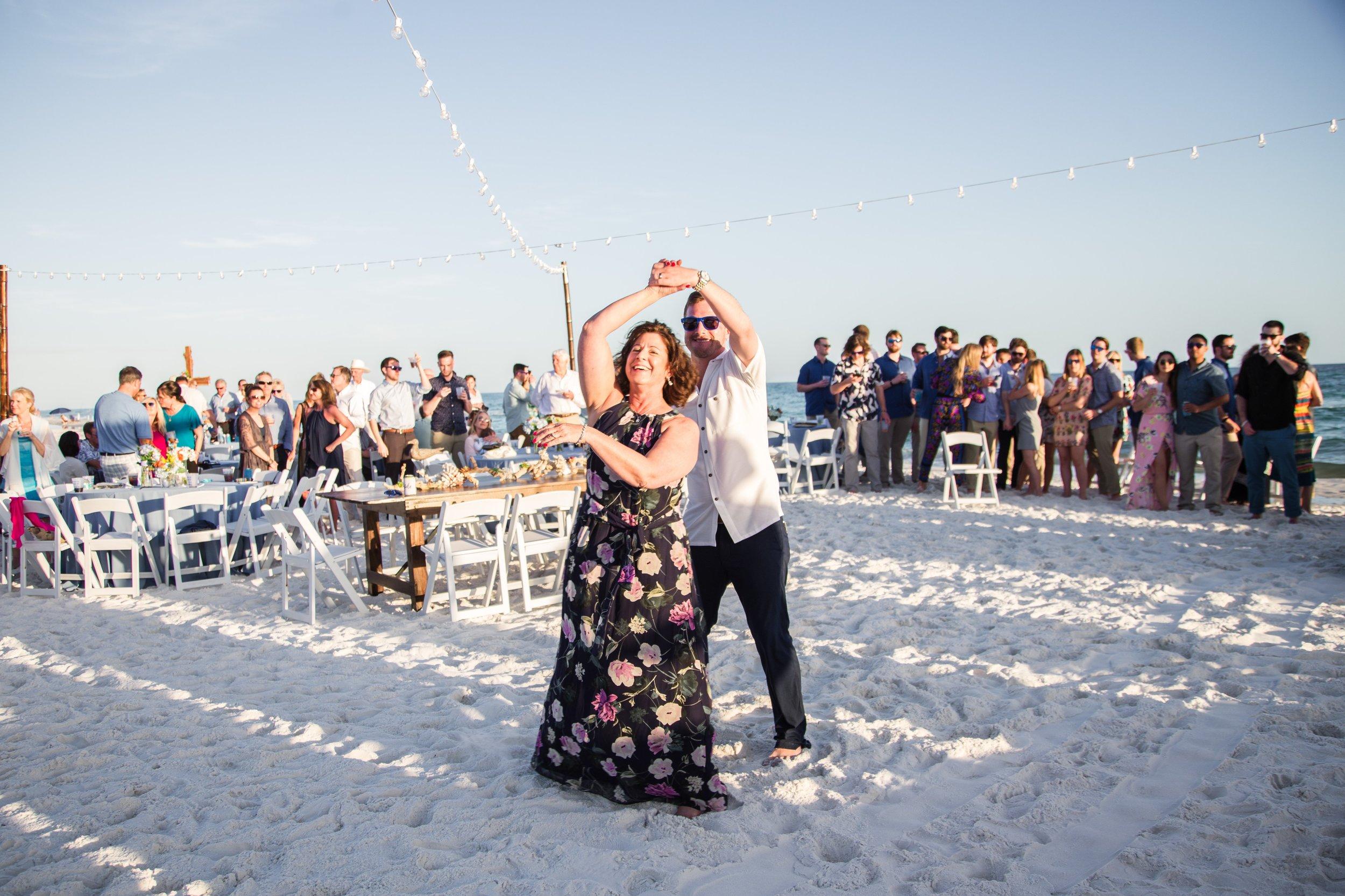 30a-Destin-Florida-Wedding-Photography-Caydee-Matt_045.jpg