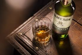 JAMESON - SOCIAL